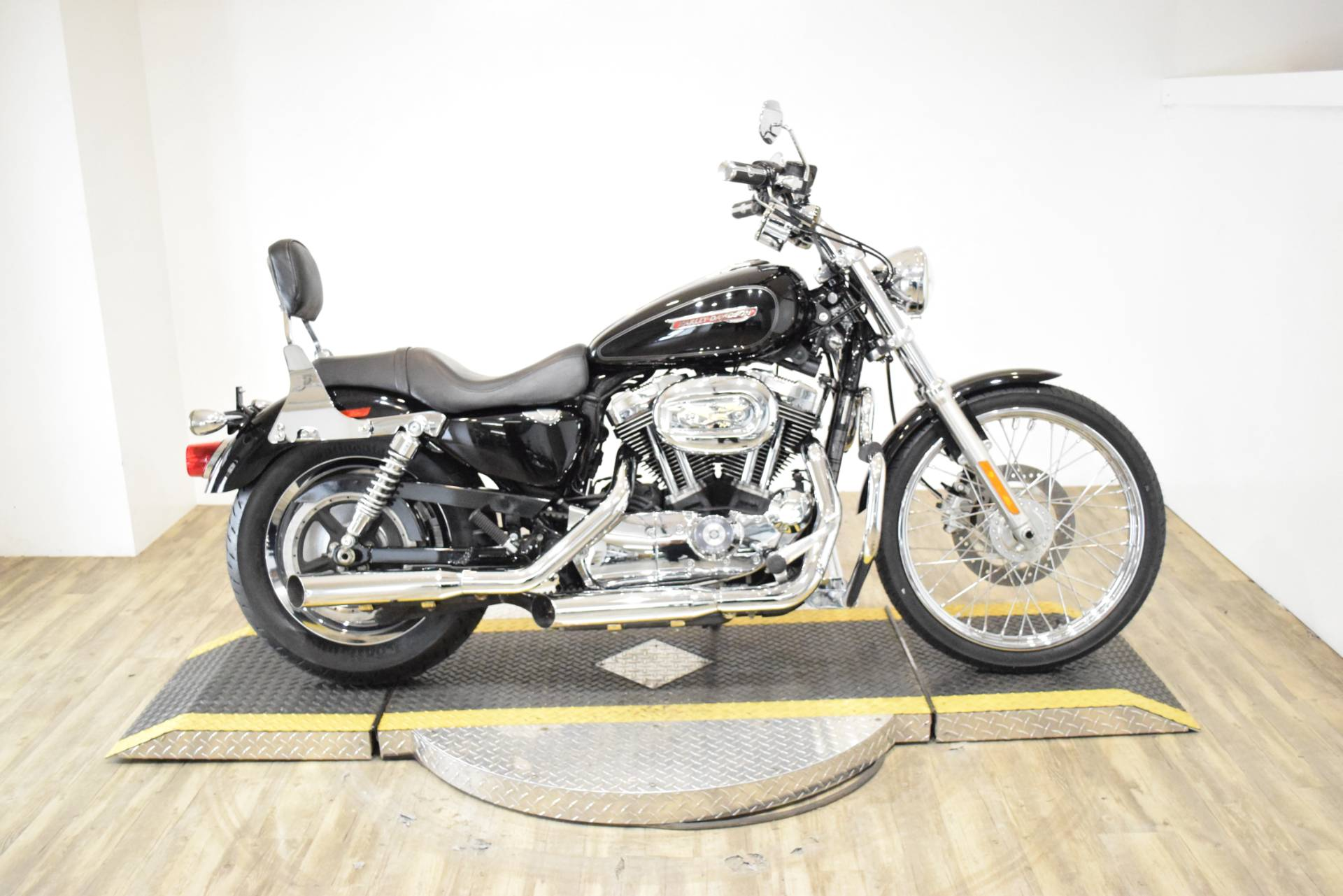 2008 Harley-Davidson Sportster® 1200 Custom in Wauconda, Illinois - Photo 1