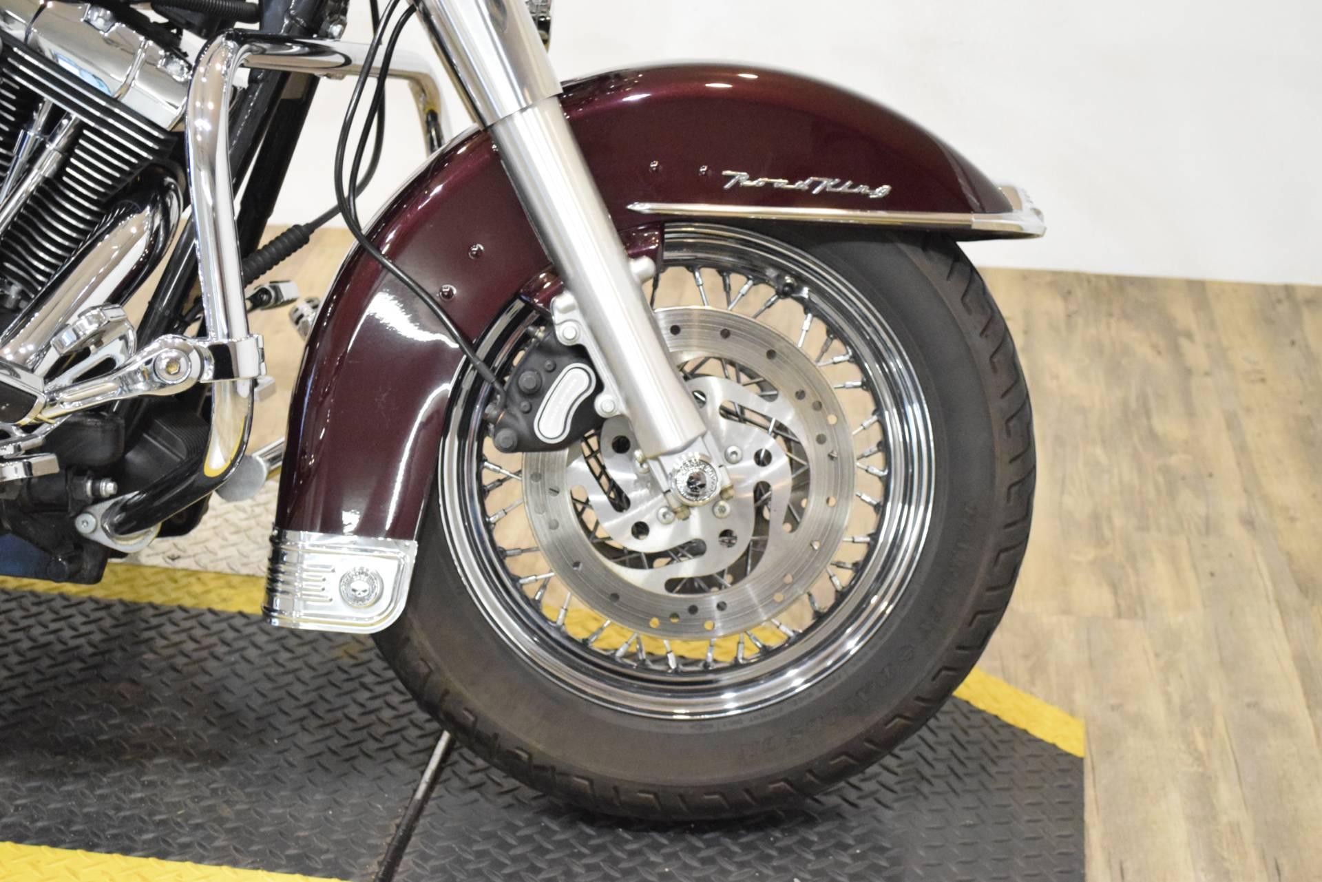 2005 Harley-Davidson FLHRS/FLHRSI Road King Custom 2