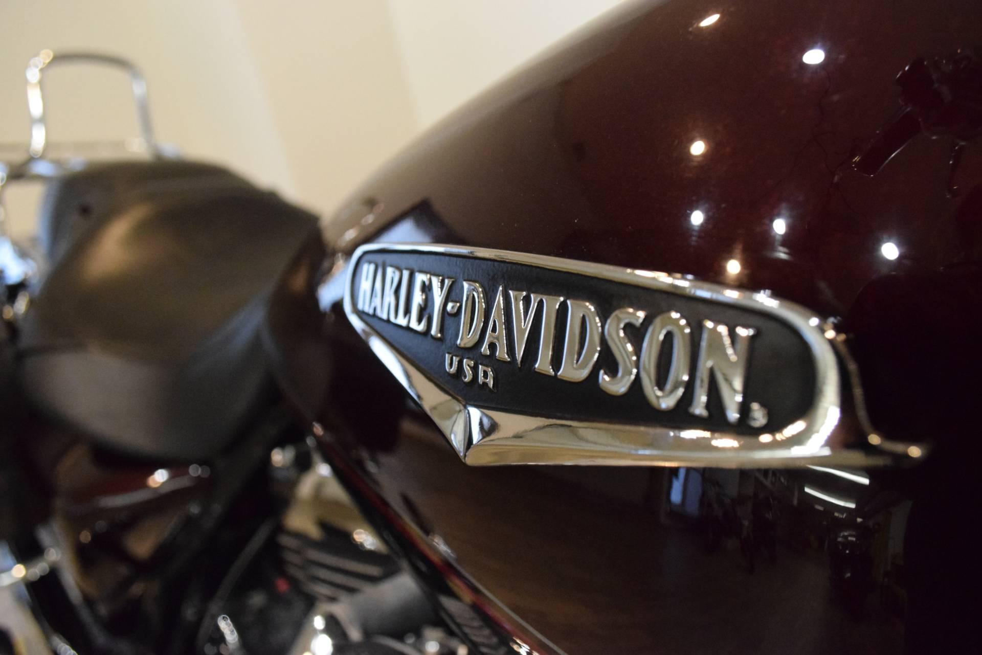 2005 Harley-Davidson FLHRS/FLHRSI Road King Custom 5