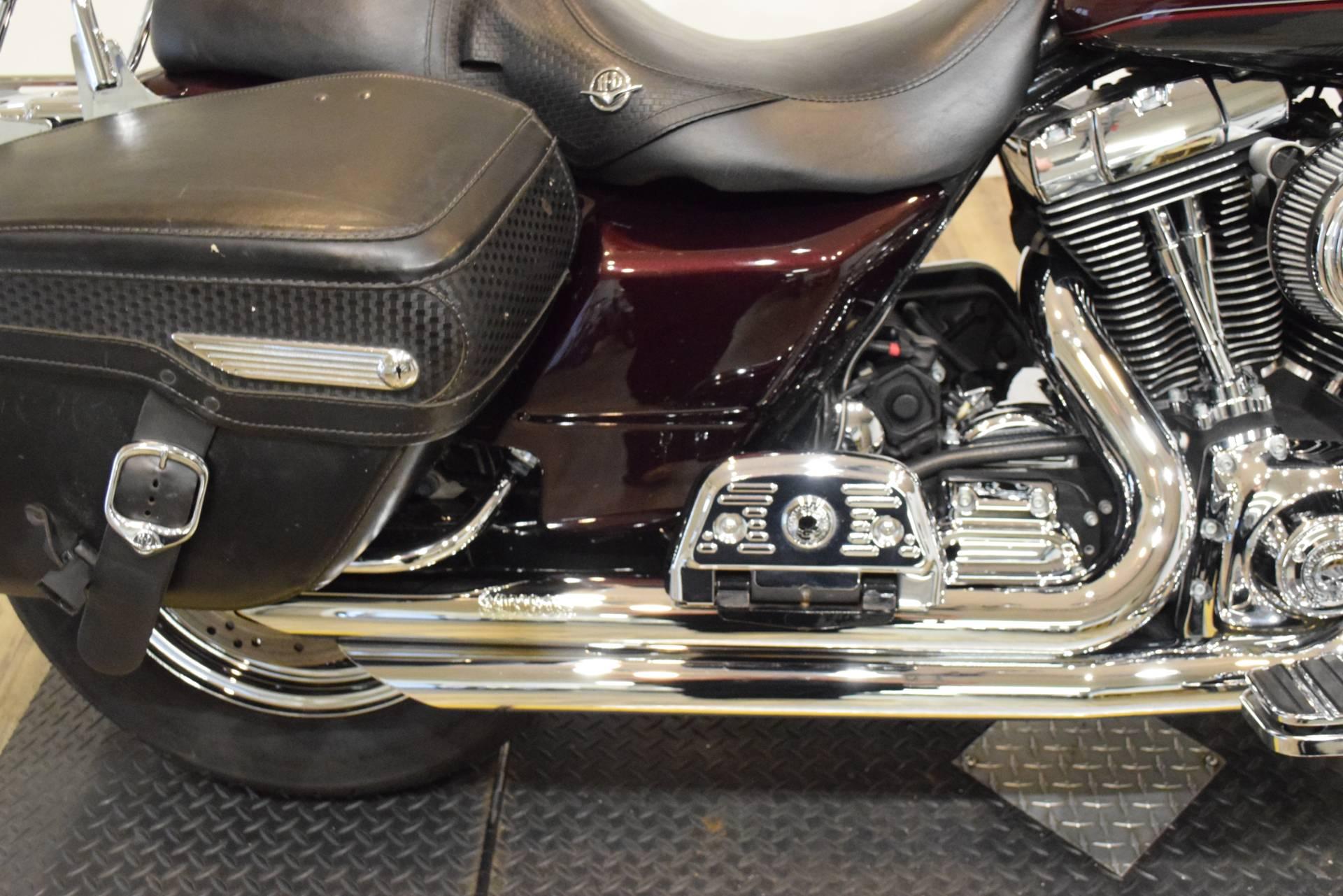 2005 Harley-Davidson FLHRS/FLHRSI Road King Custom 6