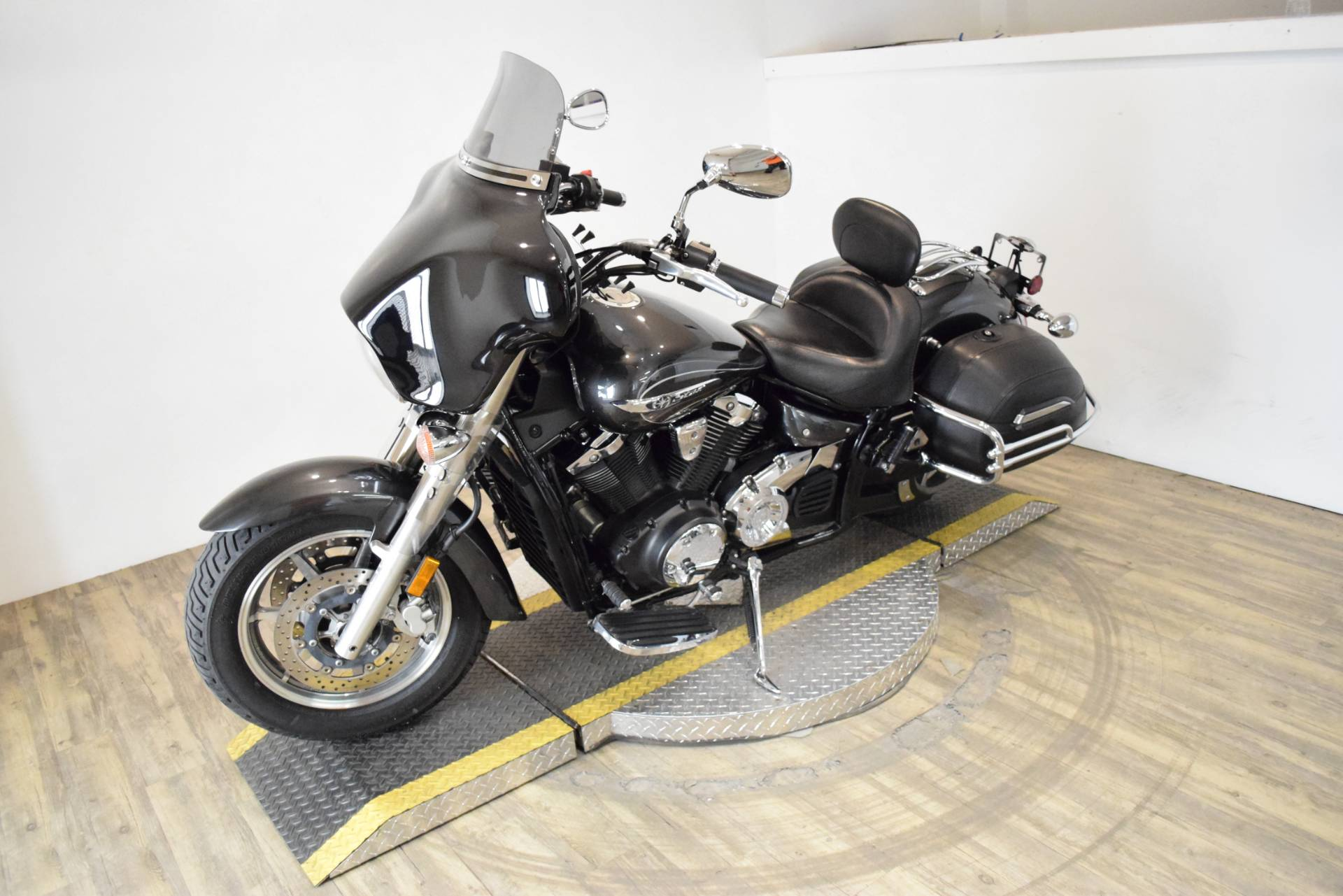 2012 Yamaha V Star 1300 Tourer in Wauconda, Illinois - Photo 22