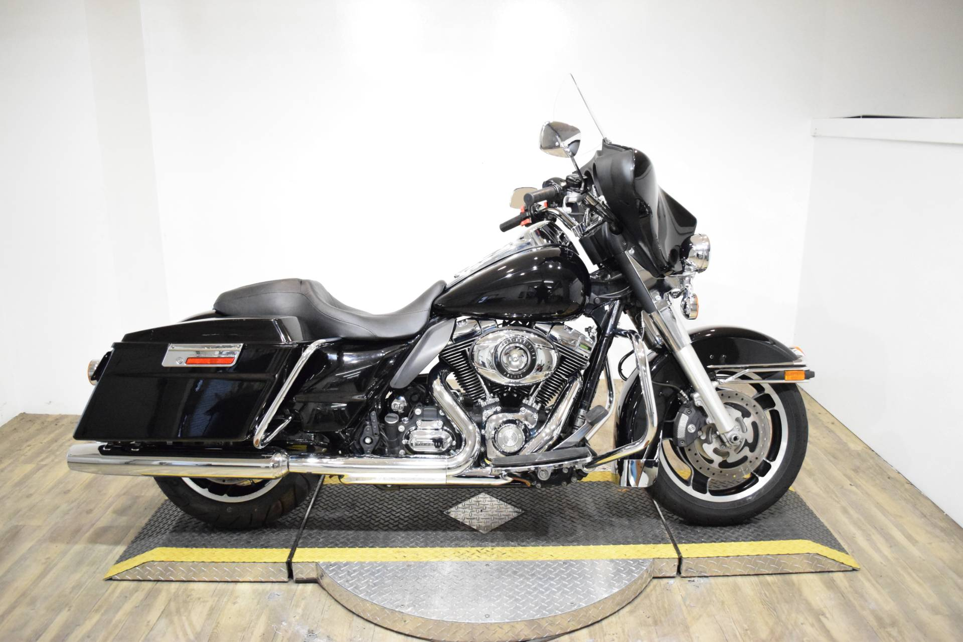 2013 Harley-Davidson Police Electra Glide® in Wauconda, Illinois - Photo 1