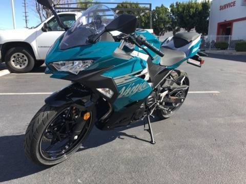 2021 Kawasaki NINJA 400 in Orange, California - Photo 2