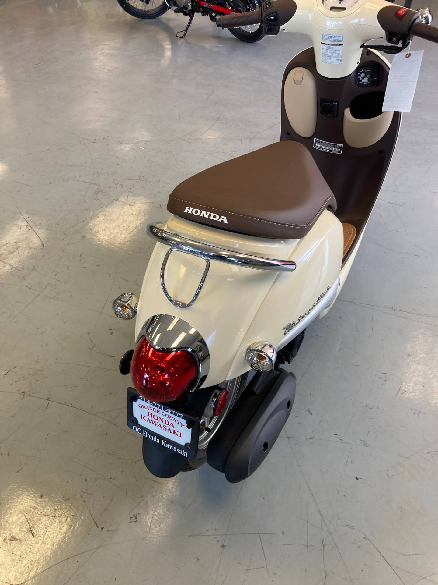 2019 Honda METROPOLITAN in Orange, California - Photo 6