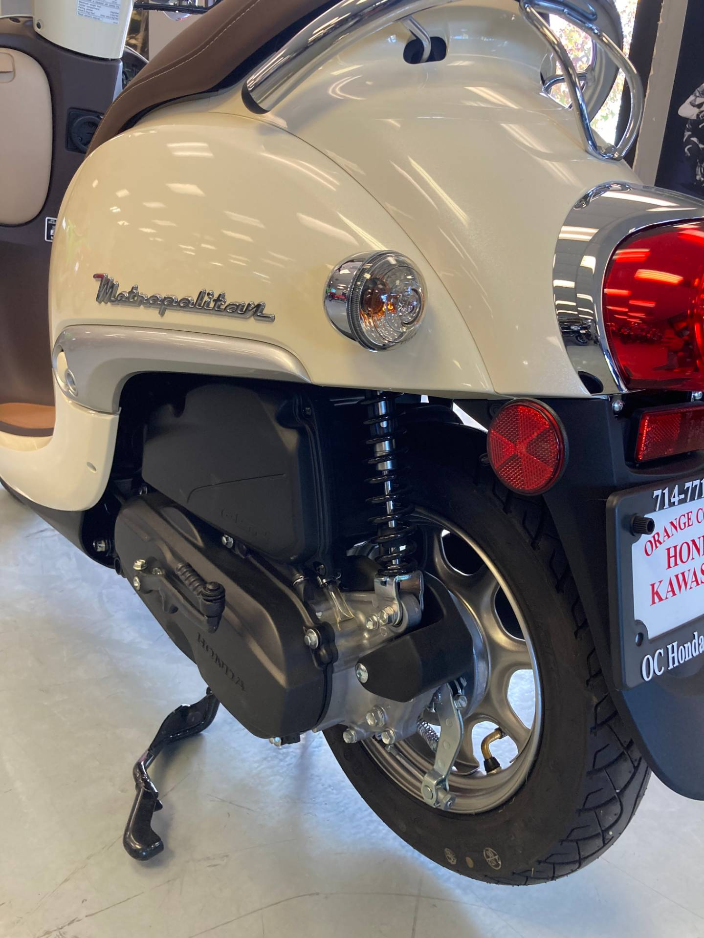 2019 Honda METROPOLITAN in Orange, California - Photo 8