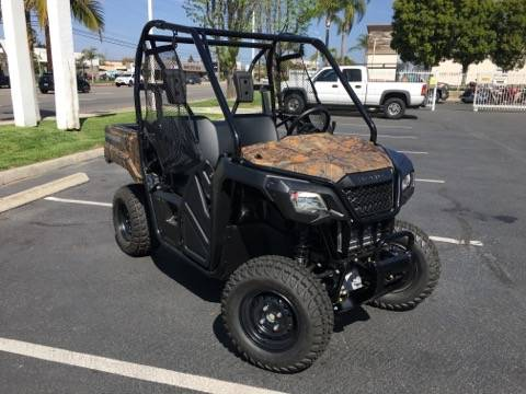 2021 Honda PIONEER 520 in Orange, California - Photo 2