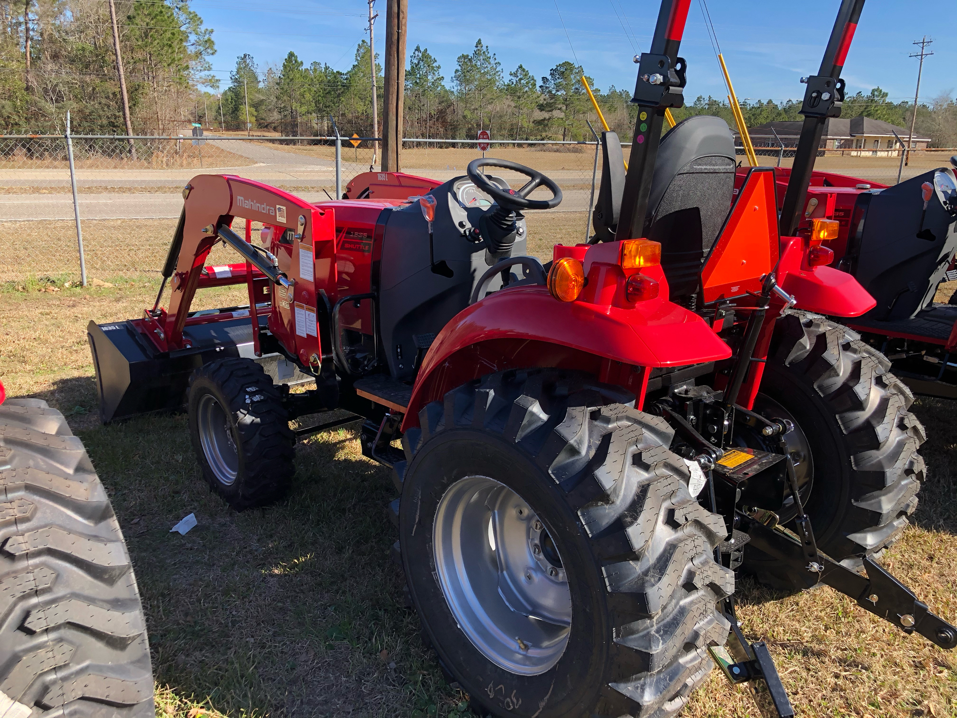 2021 Mahindra 1635 Shuttle OS in Saucier, Mississippi - Photo 8