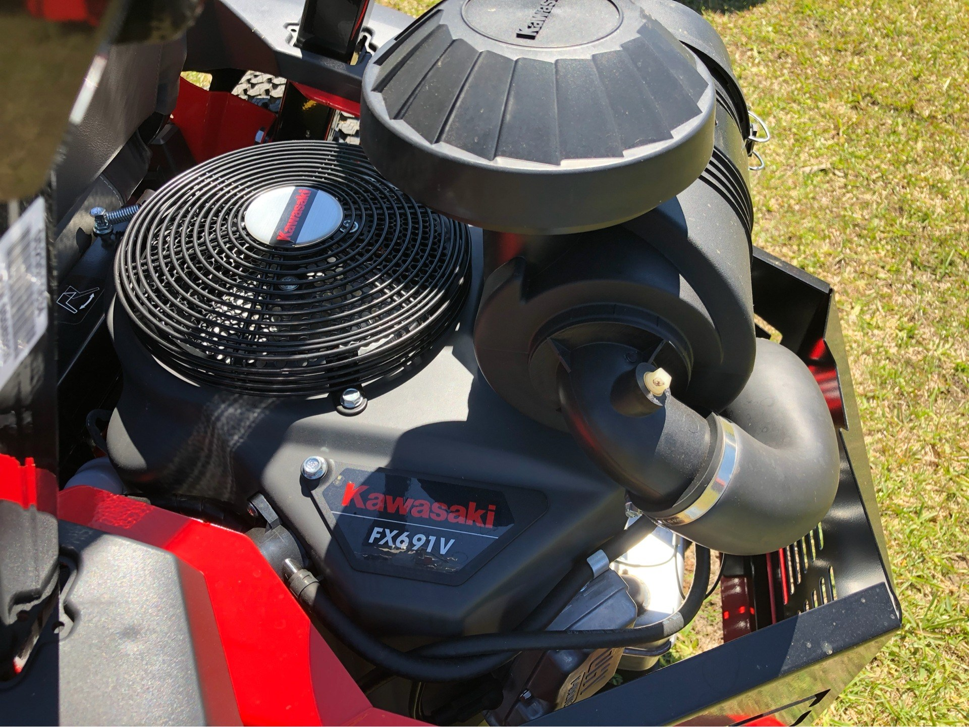2019 Gravely USA Pro-Turn ZX 52 in. Kawasaki FX691V 22 hp in Saucier, Mississippi - Photo 6