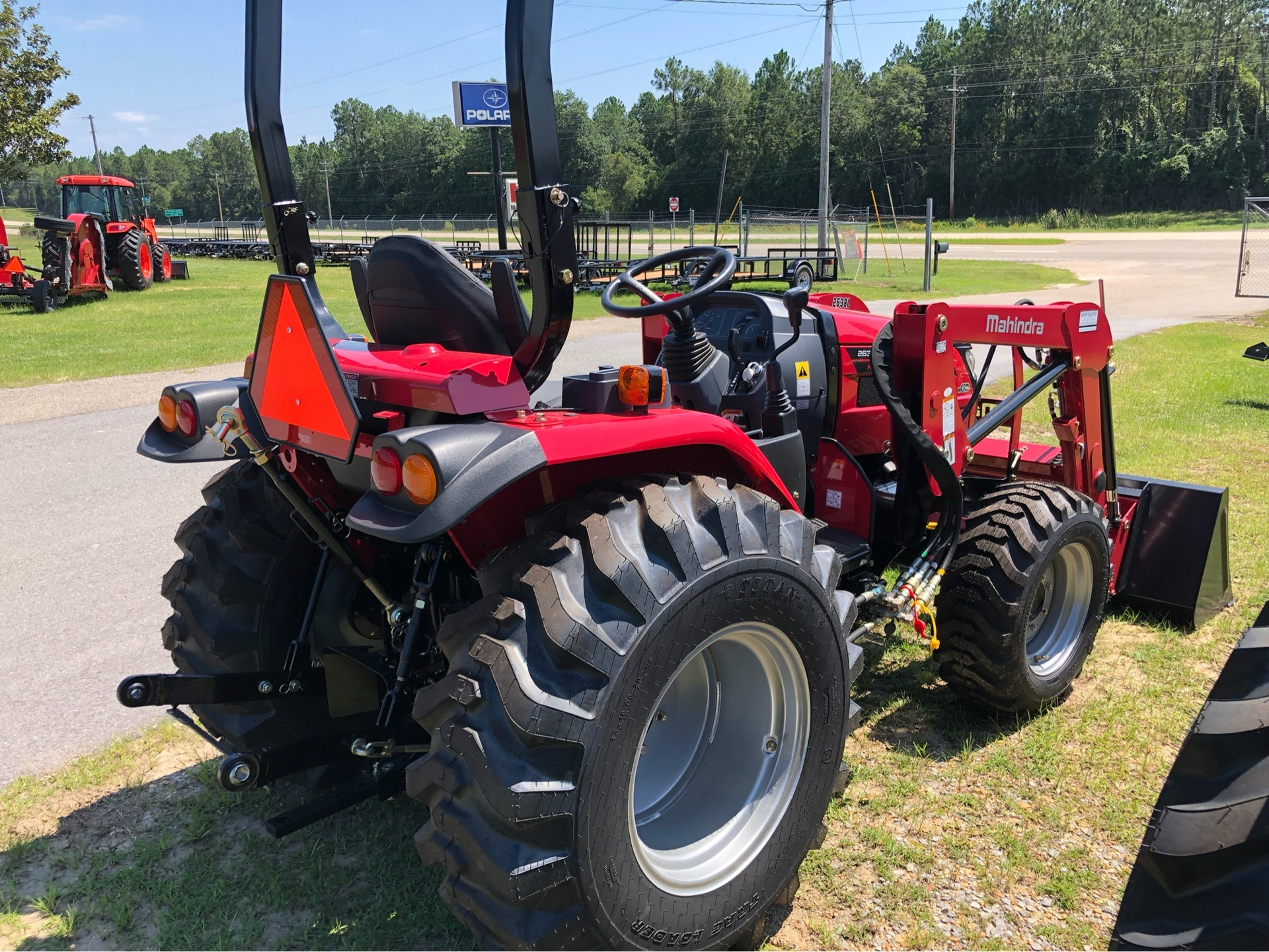2019 Mahindra 2638 HST in Saucier, Mississippi - Photo 5
