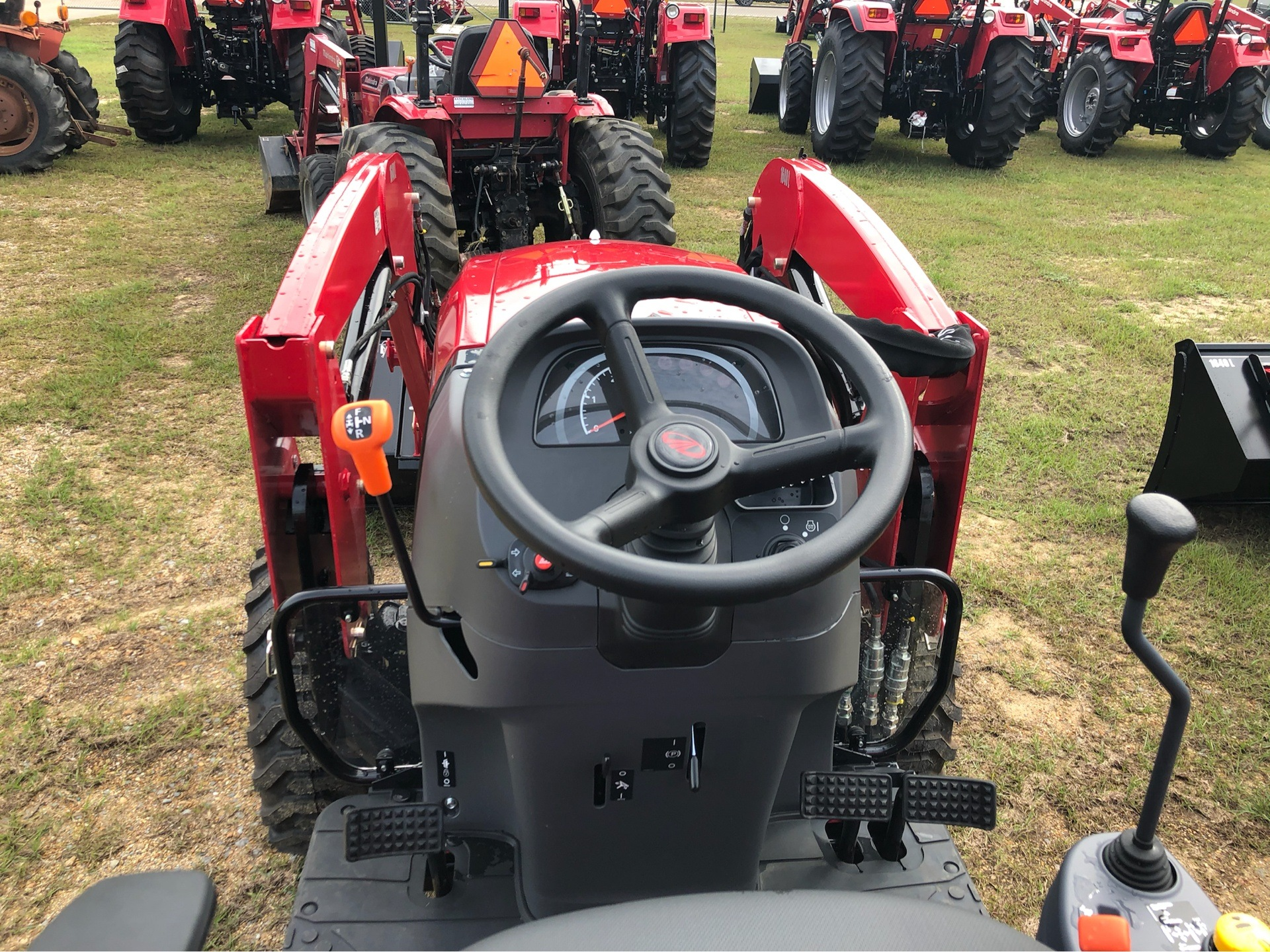 2019 Mahindra 1640 Shuttle in Saucier, Mississippi - Photo 13