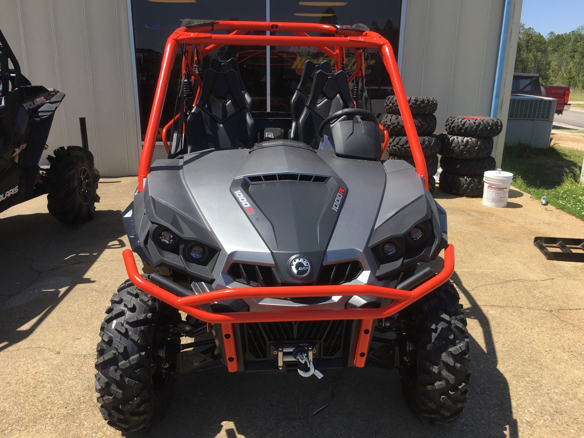 2018 Can-Am Commander MAX XT in Saucier, Mississippi