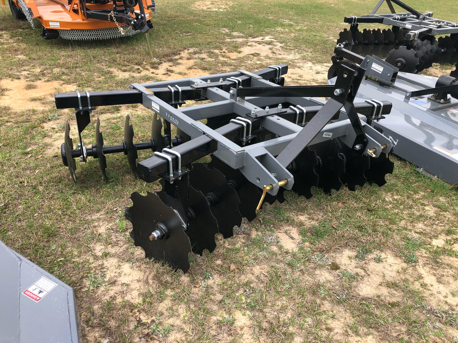 2021 Titan Implement 20x18 Disc - Adjustable in Saucier, Mississippi - Photo 1