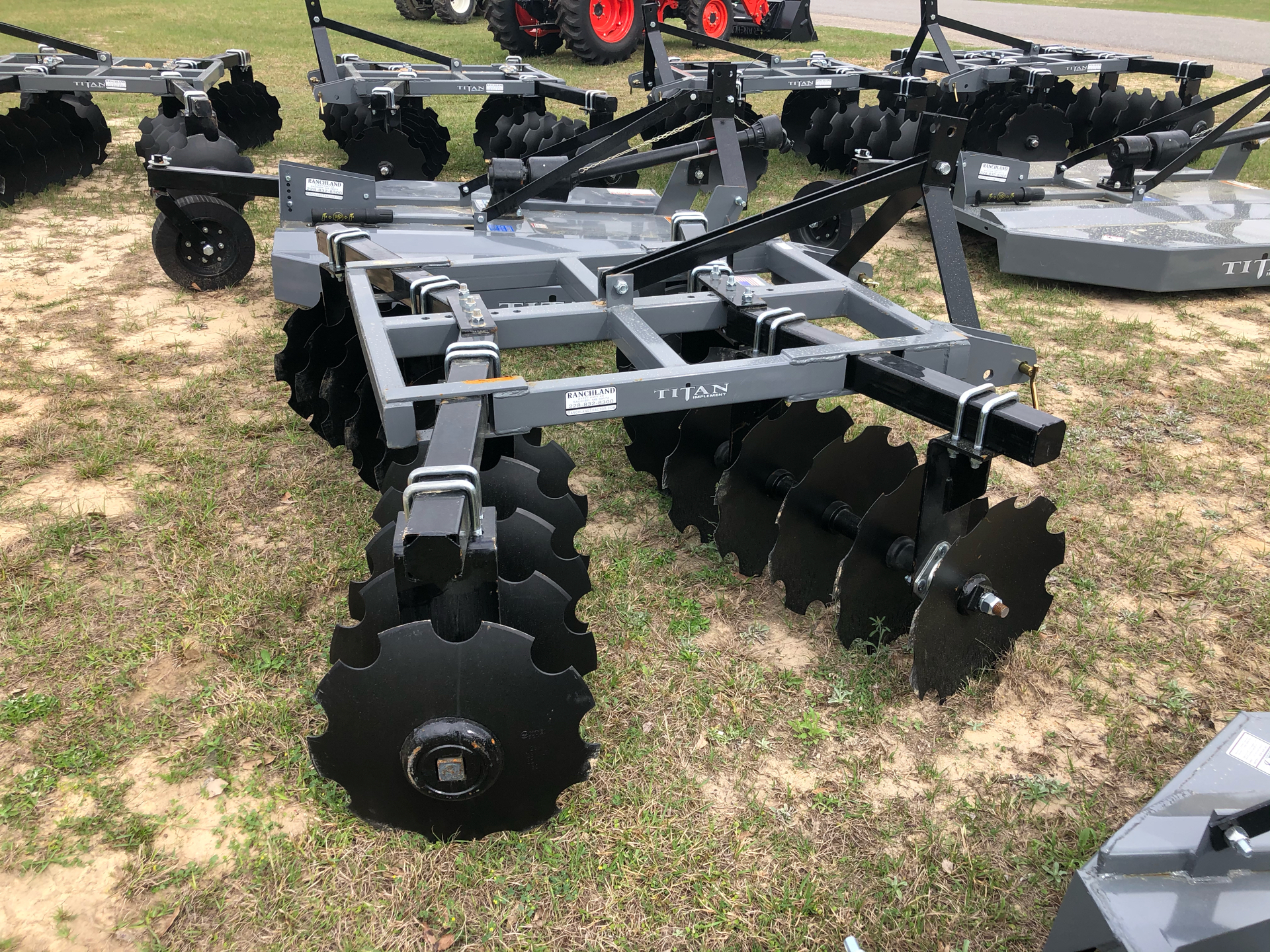 2021 Titan Implement 20x18 Disc - Adjustable in Saucier, Mississippi - Photo 5