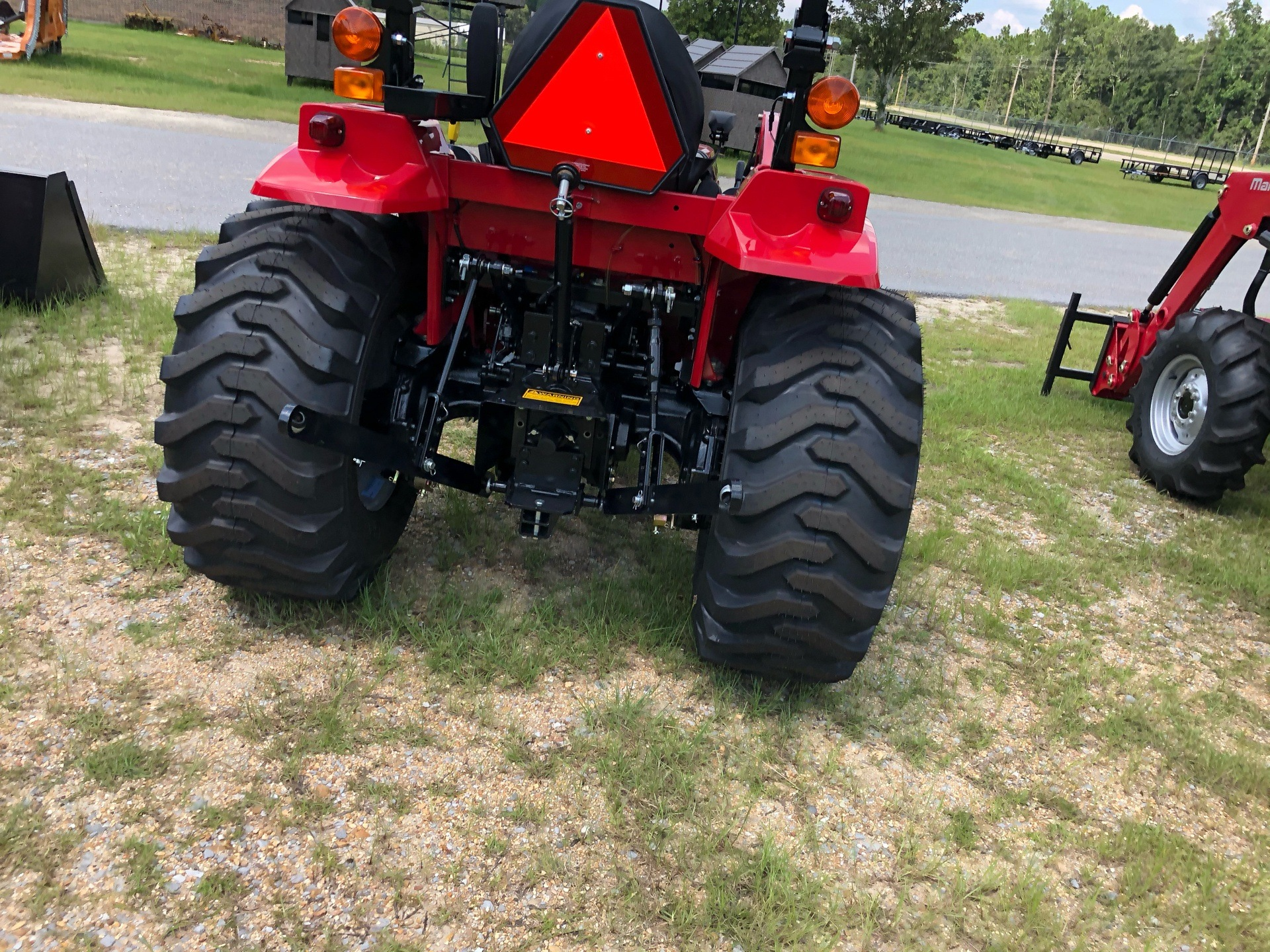 2020 Mahindra 1626 HST OS in Saucier, Mississippi - Photo 6