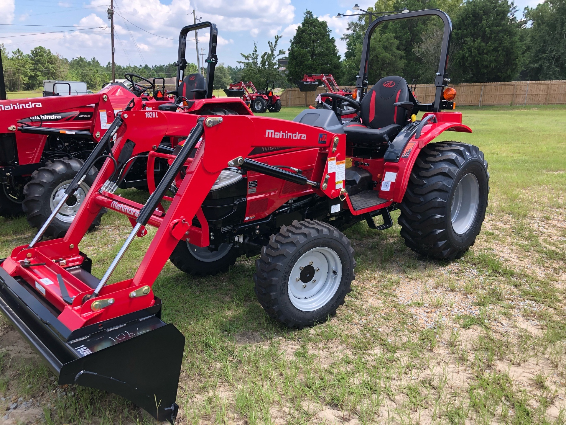 2020 Mahindra 1626 HST OS in Saucier, Mississippi - Photo 10