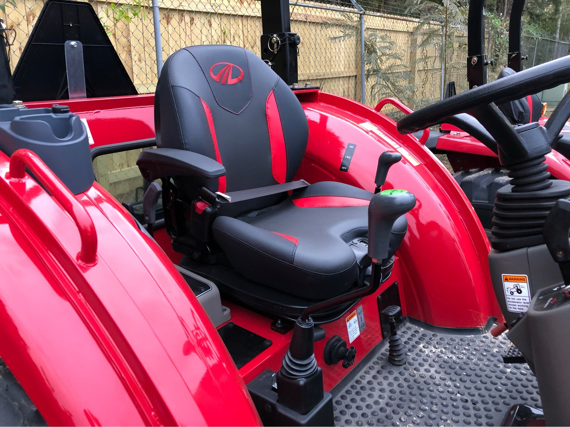 2019 Mahindra 2655 HST OS in Saucier, Mississippi - Photo 5