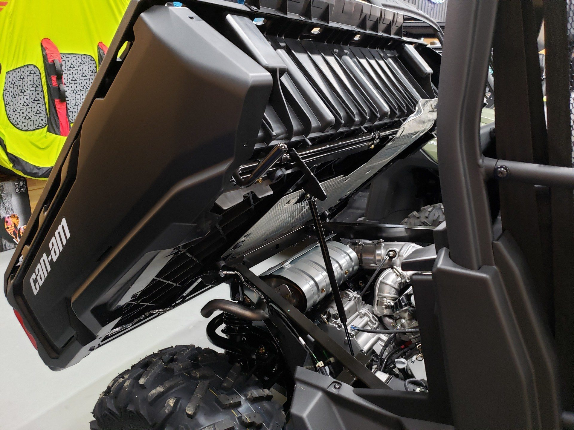 2021 Can-Am Defender DPS HD8 in Saucier, Mississippi - Photo 6