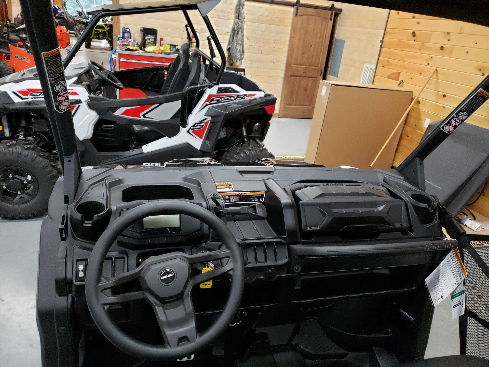 2021 Can-Am Defender DPS HD8 in Saucier, Mississippi - Photo 8