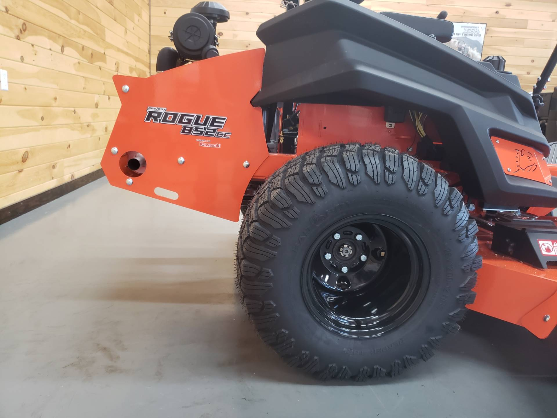 "2019 Bad Boy Mowers Rogue 61"" with 27hp Kawasaki in Saucier, Mississippi - Photo 9"