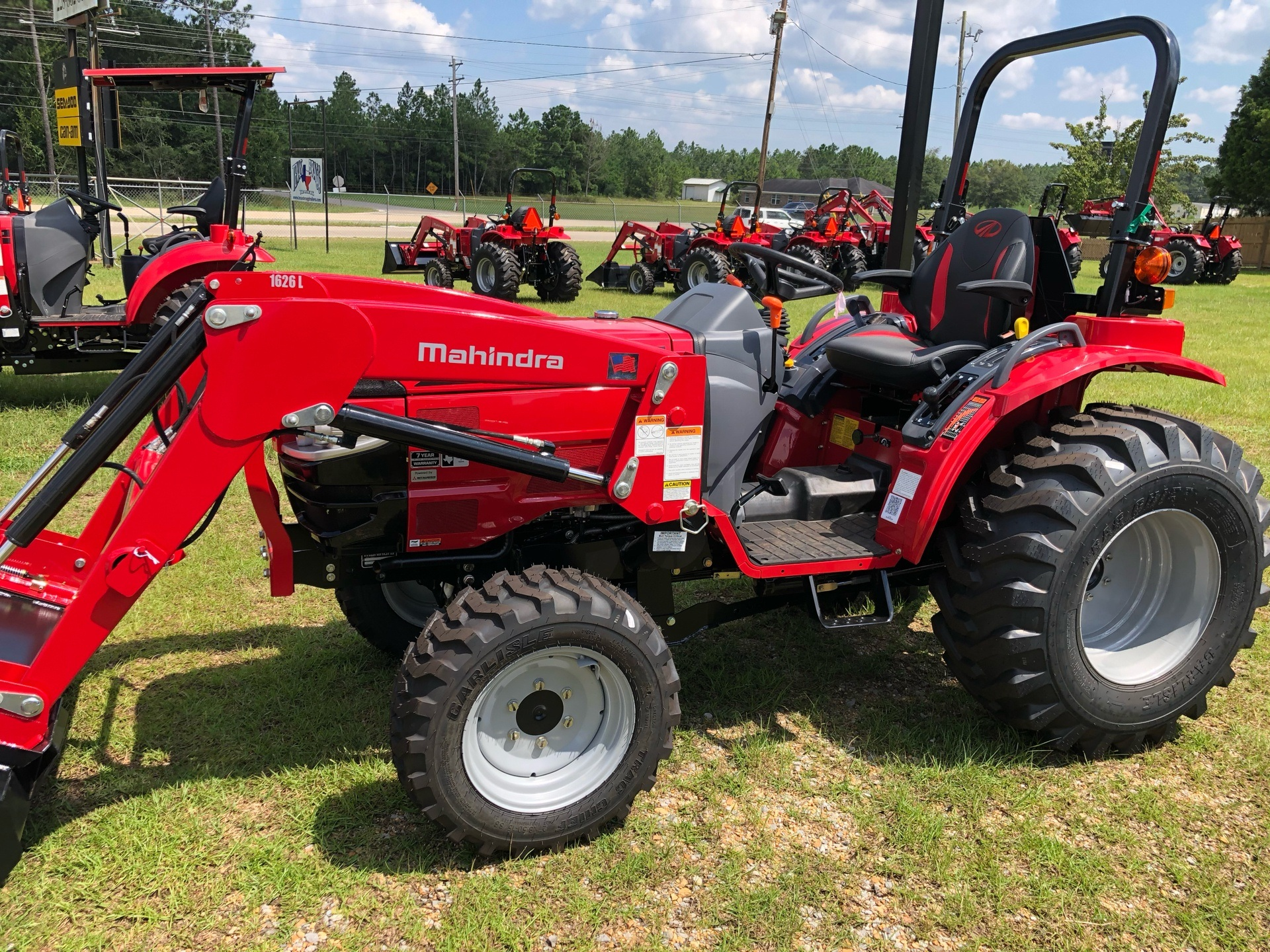 2020 Mahindra 1626 Shuttle in Saucier, Mississippi - Photo 13