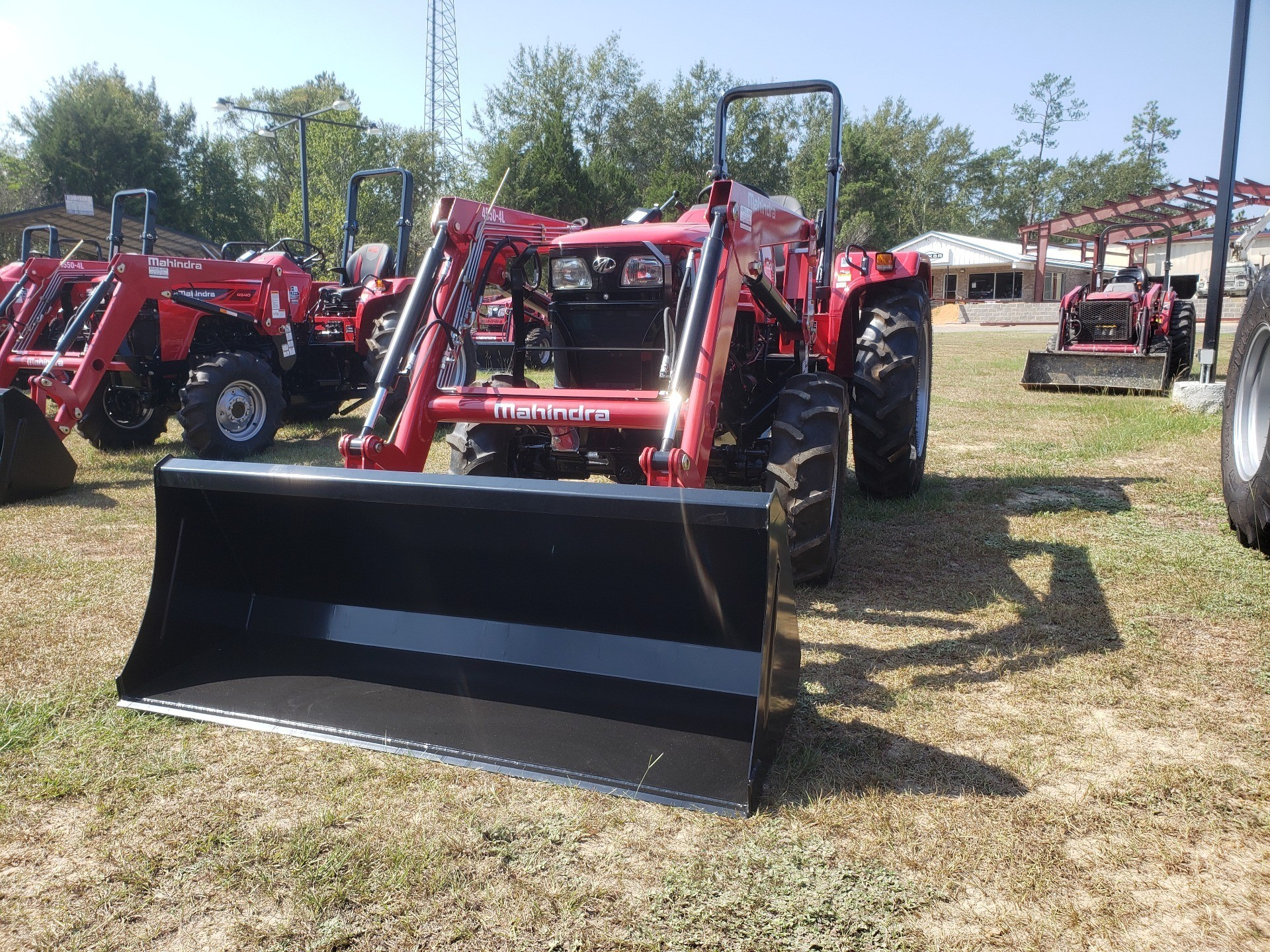 2019 Mahindra 4550 4WD in Saucier, Mississippi - Photo 2