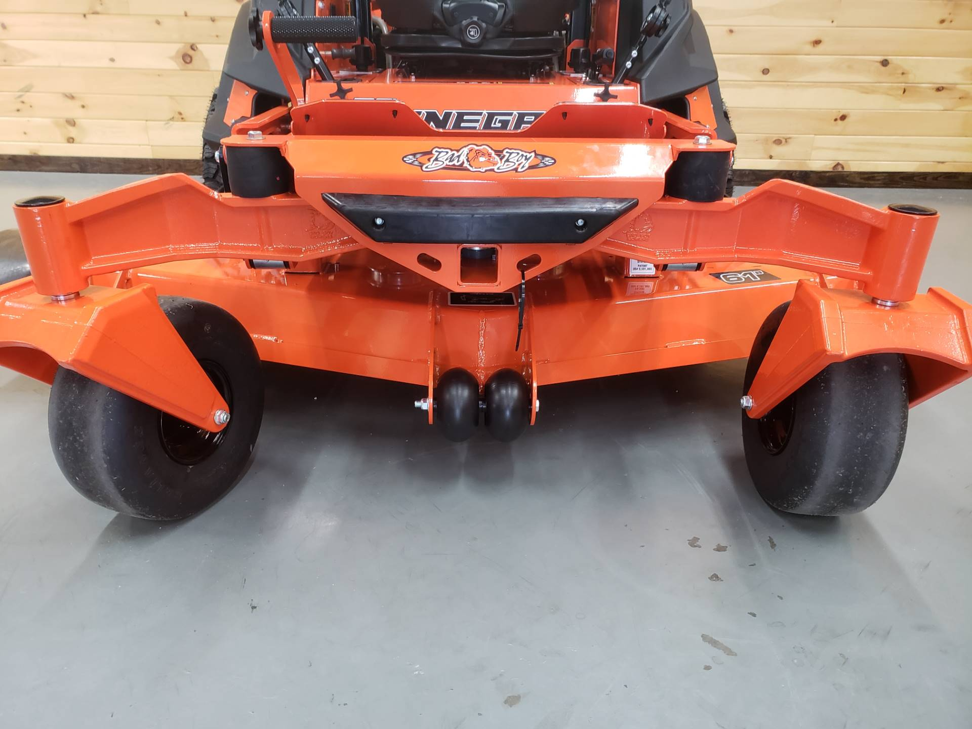 "2019 Bad Boy Mowers Renegade 61"" with 37hp Vanguard EFI in Saucier, Mississippi - Photo 3"