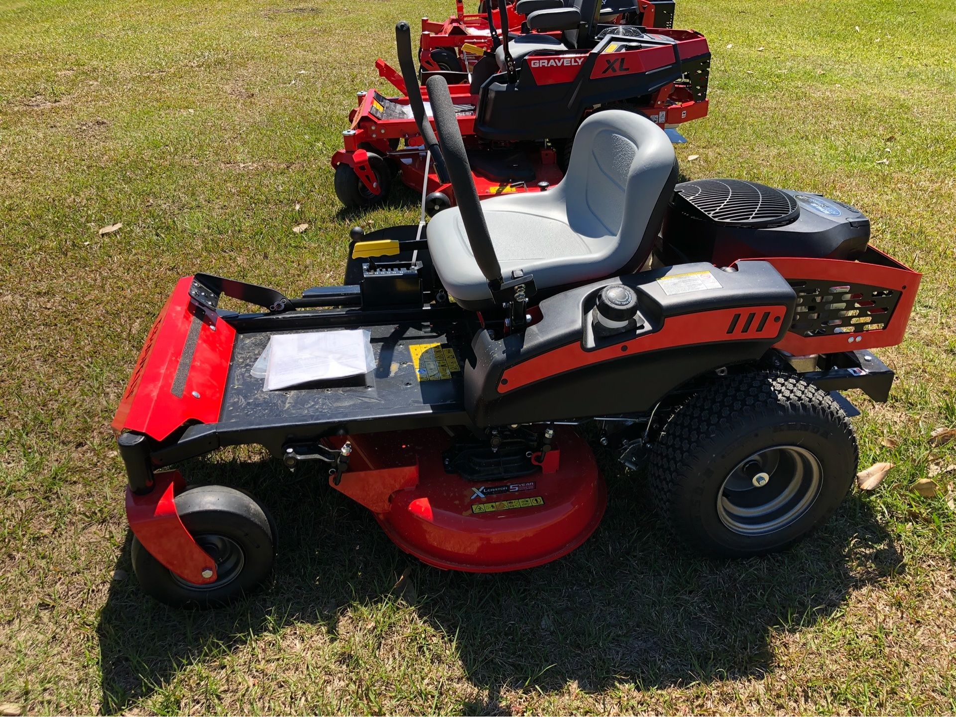 2019 Gravely USA ZT 34 Kohler Zero Turn Mower in Saucier, Mississippi - Photo 4