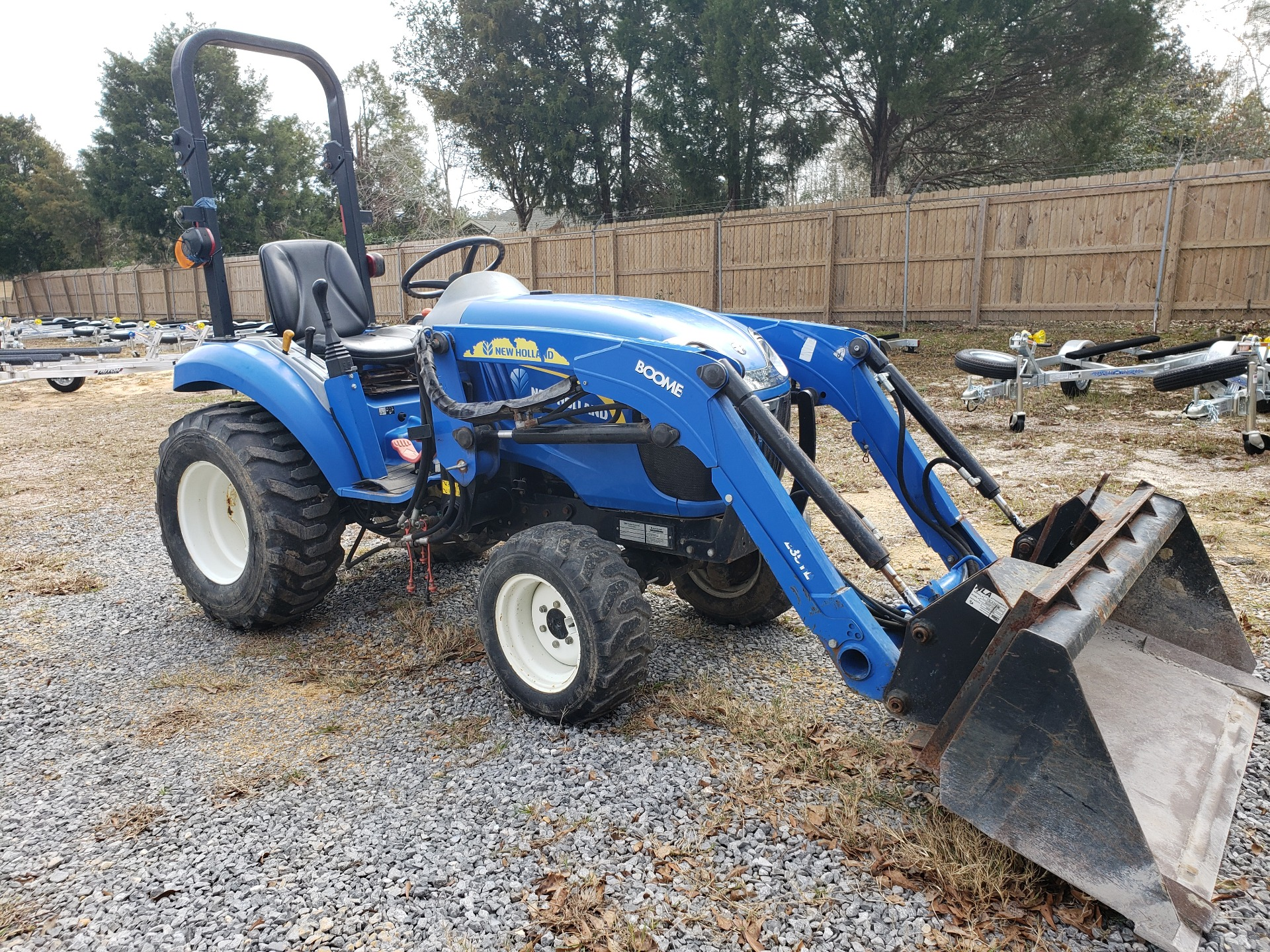 2012 New Holland Agriculture Boomer Compact 20 in Saucier, Mississippi - Photo 3