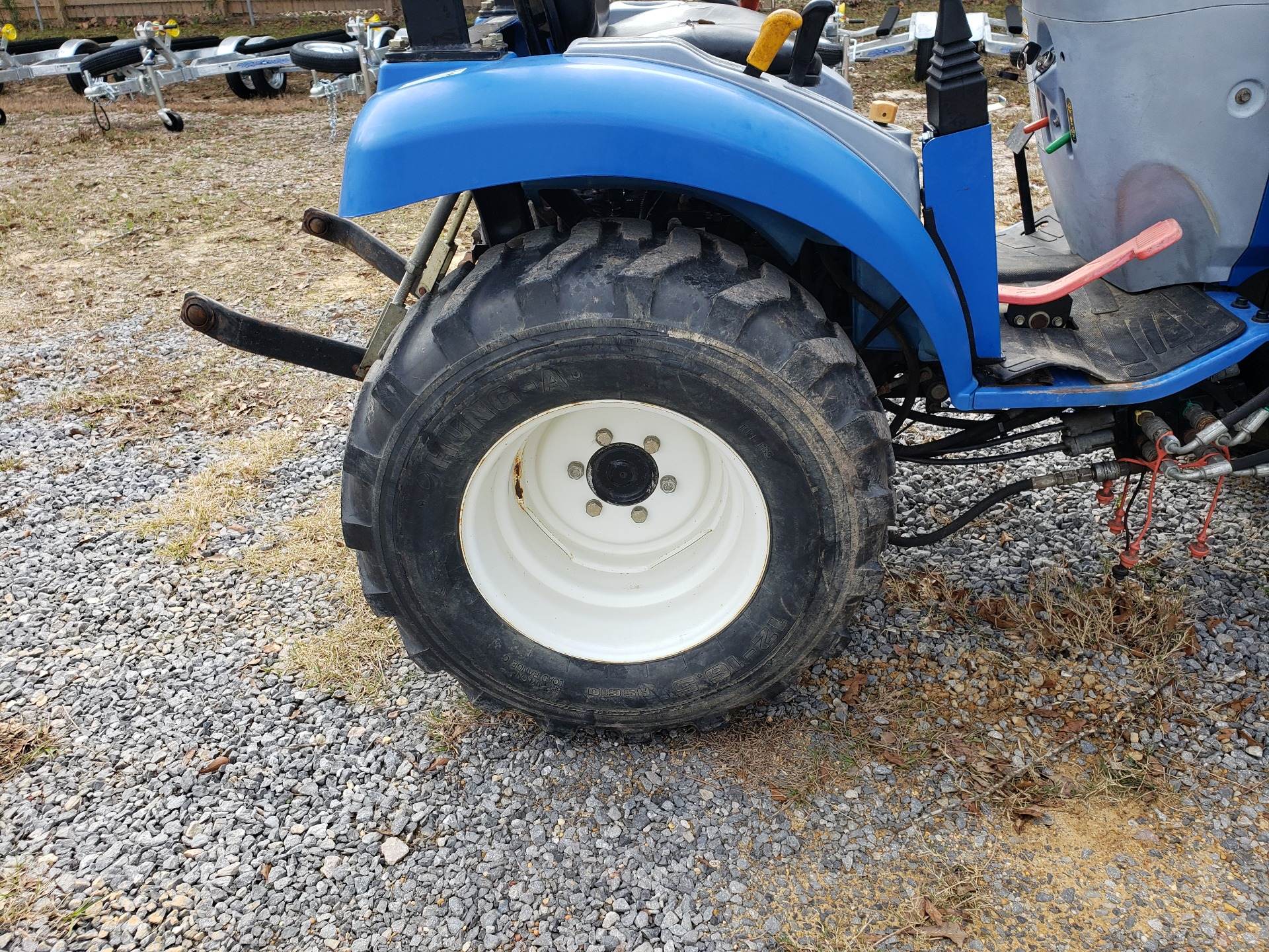2012 New Holland Agriculture Boomer Compact 20 in Saucier, Mississippi - Photo 5