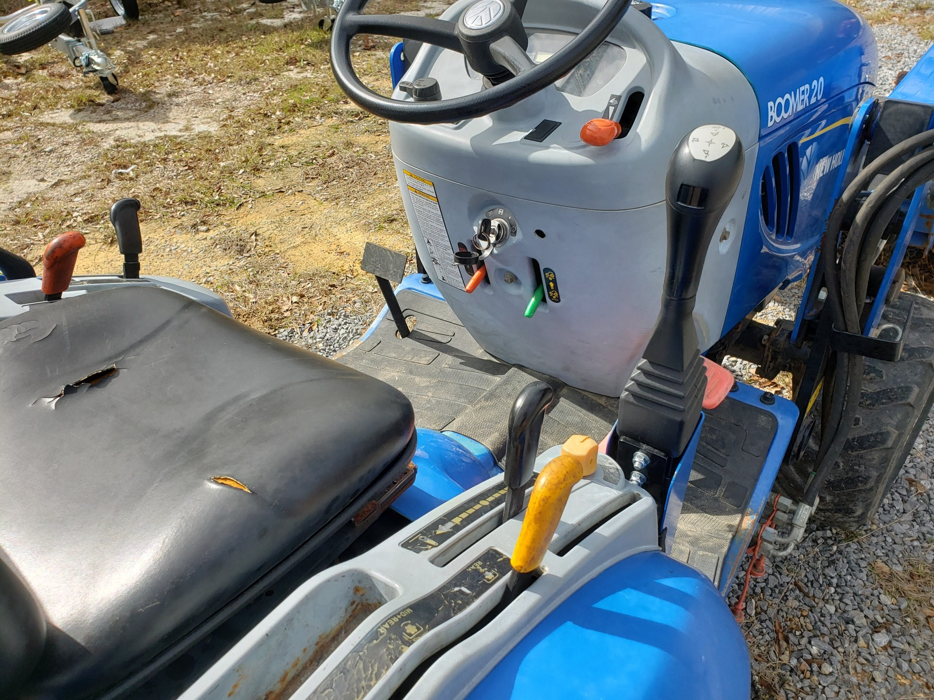 2012 New Holland Agriculture Boomer Compact 20 in Saucier, Mississippi - Photo 6