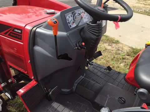 2017 Mahindra 1526 4WD Shuttle in Saucier, Mississippi