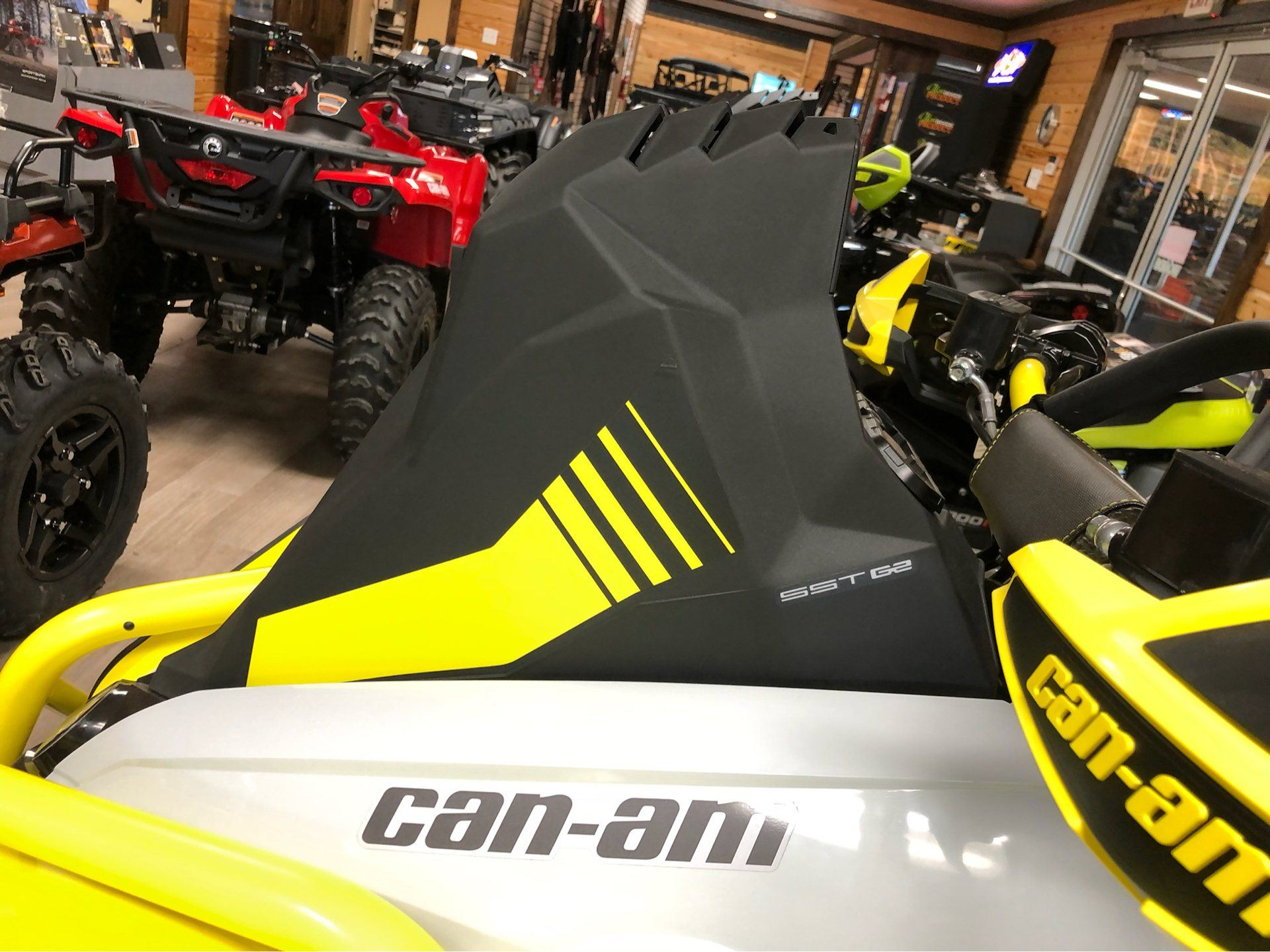 2020 Can-Am Renegade X MR 570 in Saucier, Mississippi - Photo 11