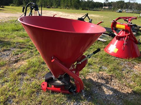 2020 Ranchland Implements Cosmo Spreader 750lbs Capacity in Saucier, Mississippi - Photo 5