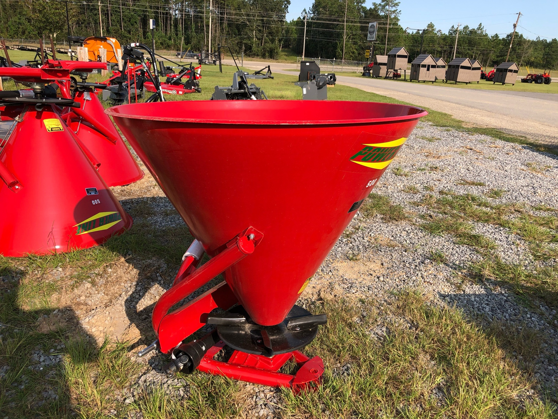 2020 Ranchland Implements Cosmo Spreader 750lbs Capacity in Saucier, Mississippi - Photo 7