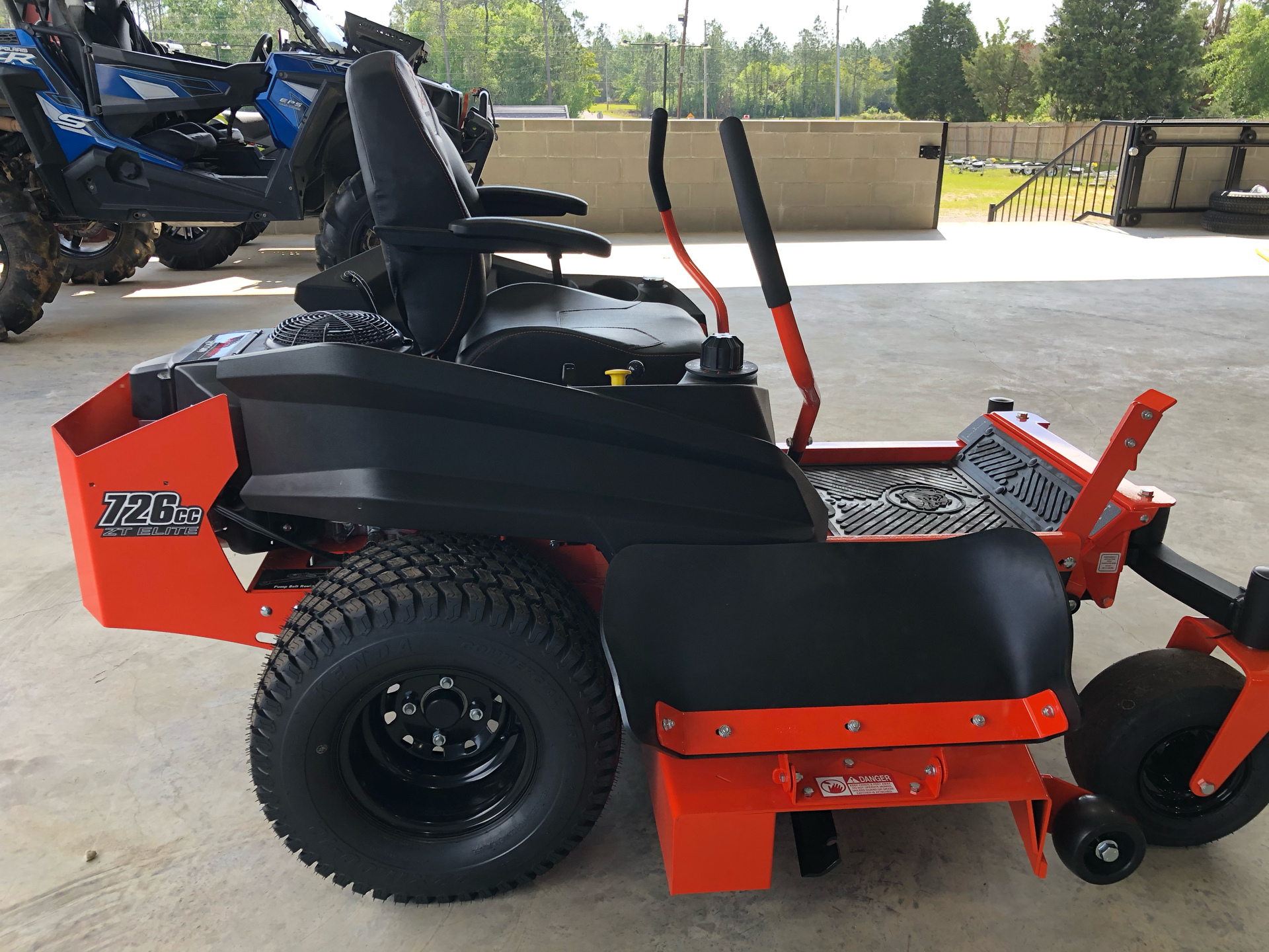 2021 Bad Boy Mowers ZT Elite 54 in. Kawasaki FR730 726 cc in Saucier, Mississippi - Photo 13