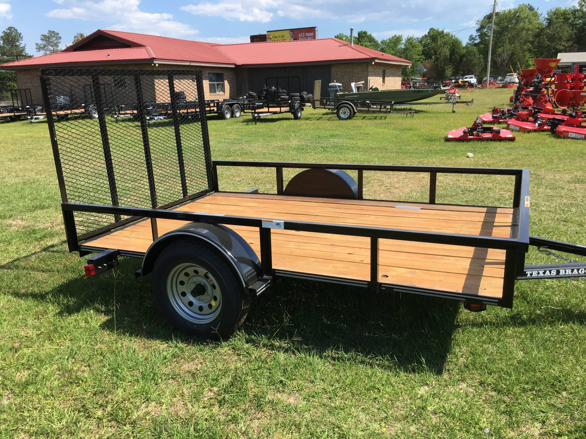 2018 Texas Bragg 6x10 LD, 4' Gate, Treated, LED in Saucier, Mississippi