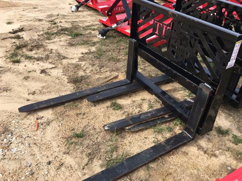 2016 Five Star Pallet Forks 4K in Saucier, Mississippi