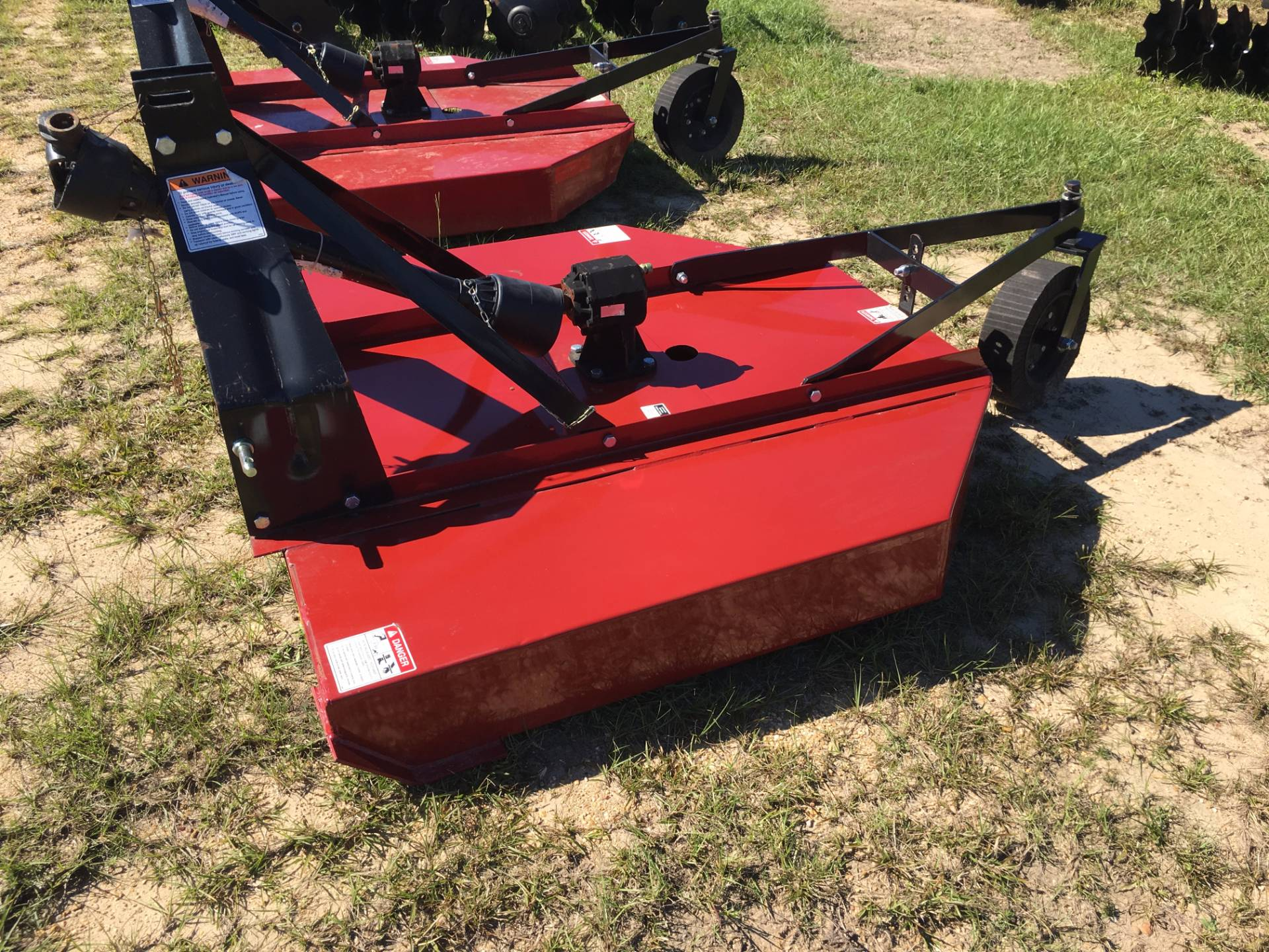2018 WATTS BROTHERS DISTRIBUTING. INC 1105 - 5' Rotary Cutter in Saucier, Mississippi