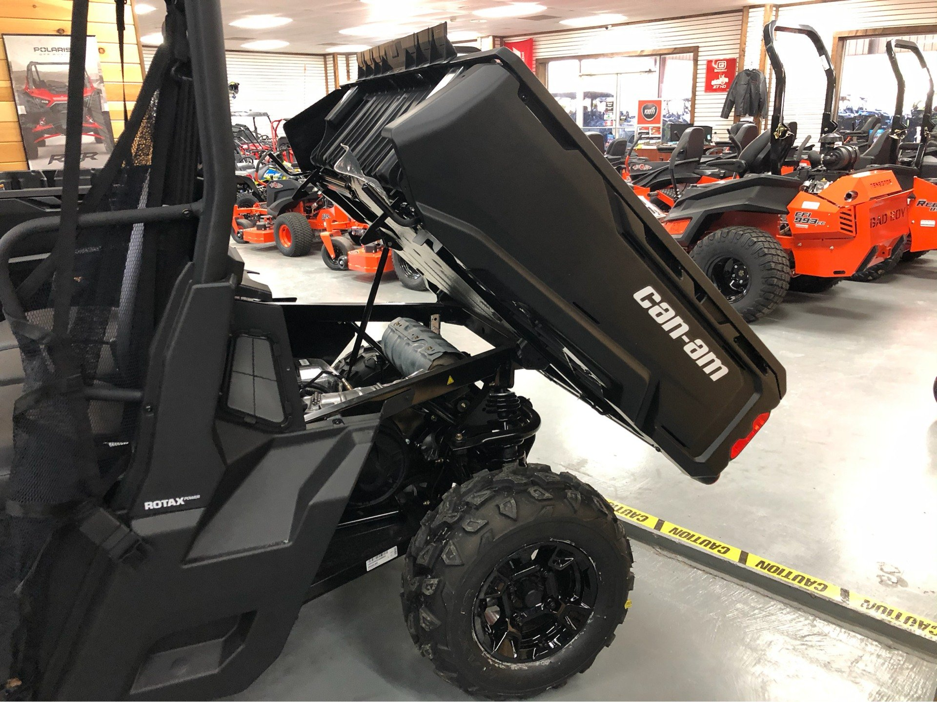 2020 Can-Am Defender DPS HD5 in Saucier, Mississippi - Photo 25