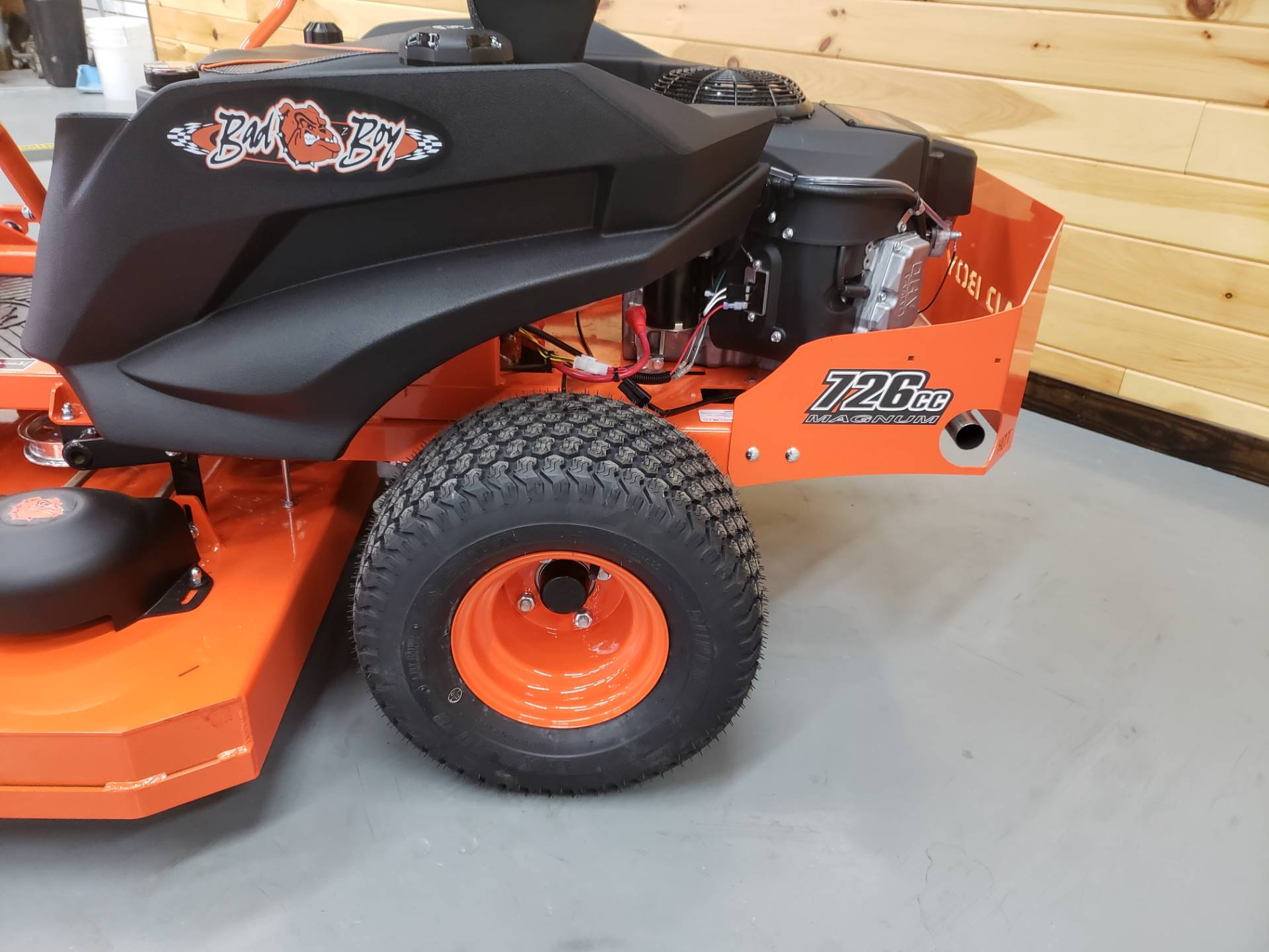"2019 Bad Boy Mowers MZ Magnum 54"" with Kawasaki FR651 in Saucier, Mississippi"