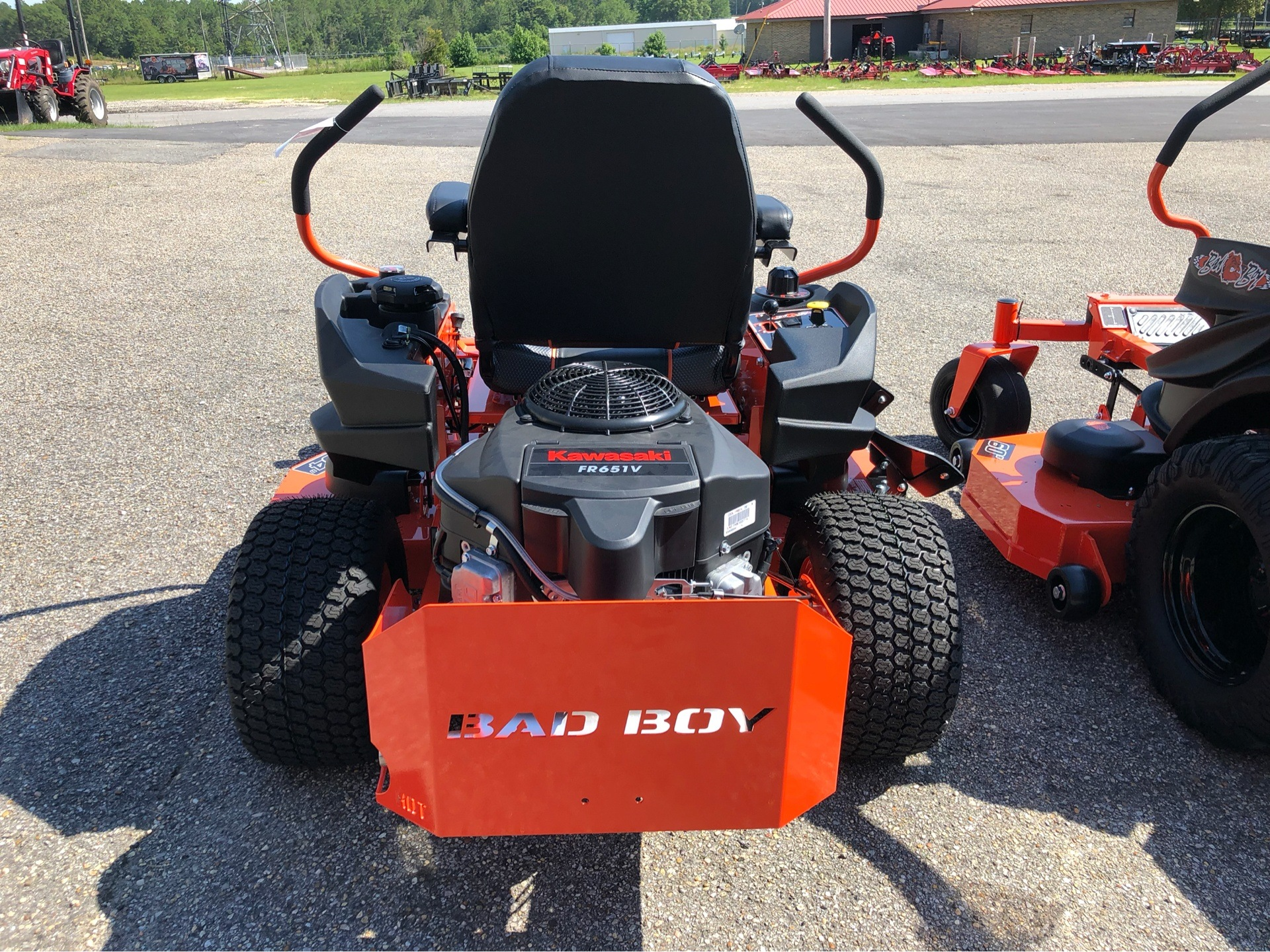 "2019 Bad Boy Mowers MZ Magnum 54"" with Kawasaki FR651 in Saucier, Mississippi - Photo 7"
