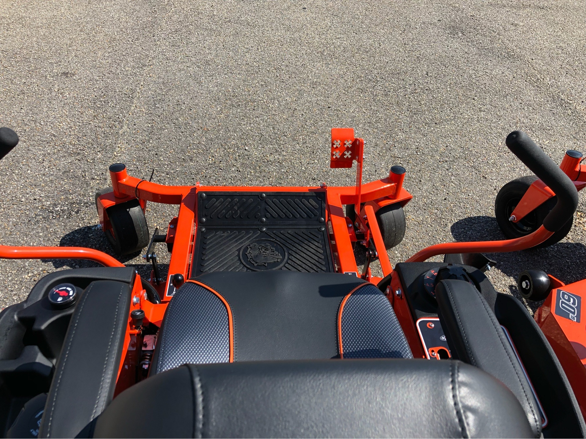 "2019 Bad Boy Mowers MZ Magnum 54"" with Kawasaki FR651 in Saucier, Mississippi - Photo 9"