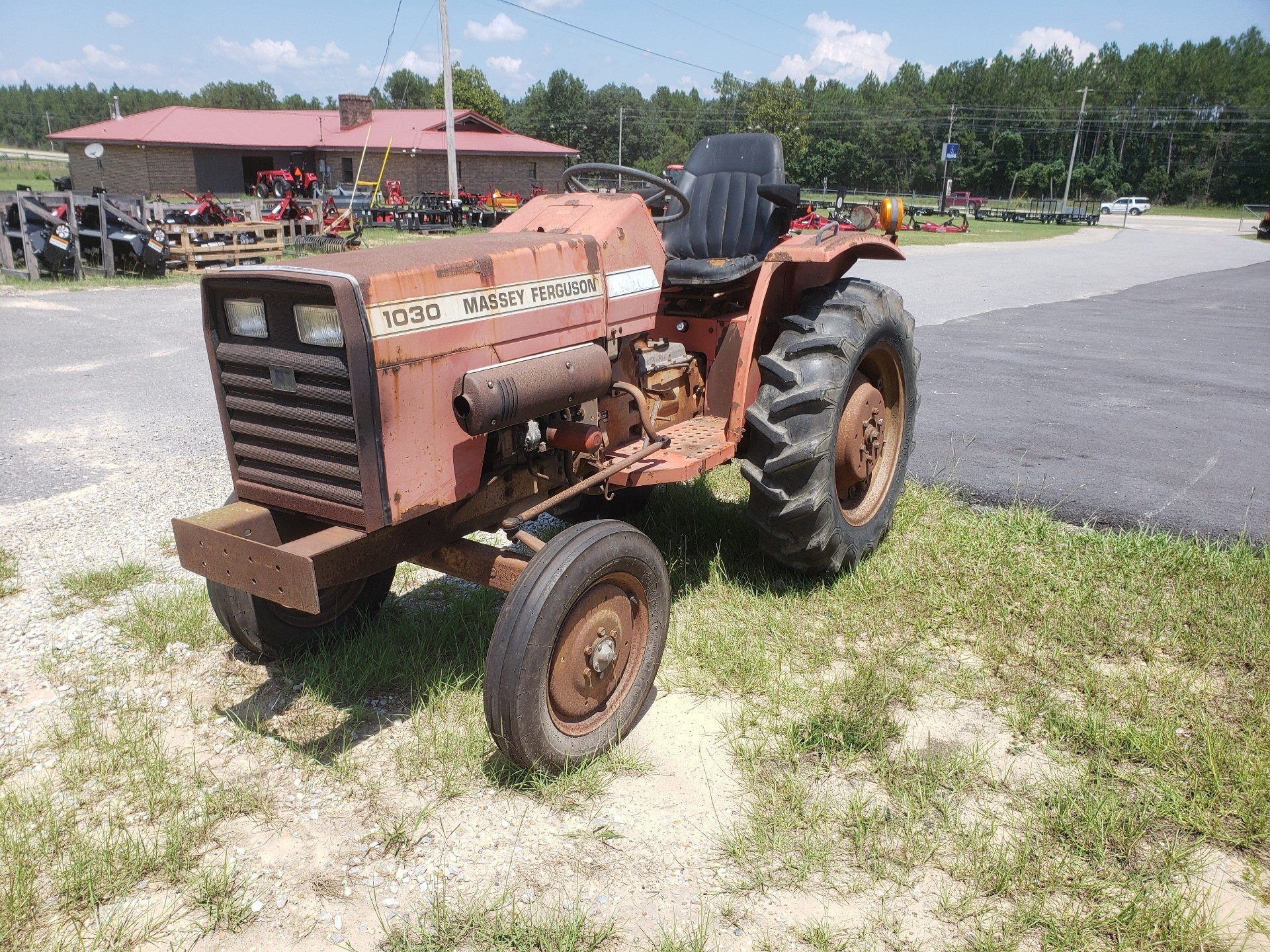1984 Massey Ferguson MF1030 2wd 26hp in Saucier, Mississippi - Photo 1
