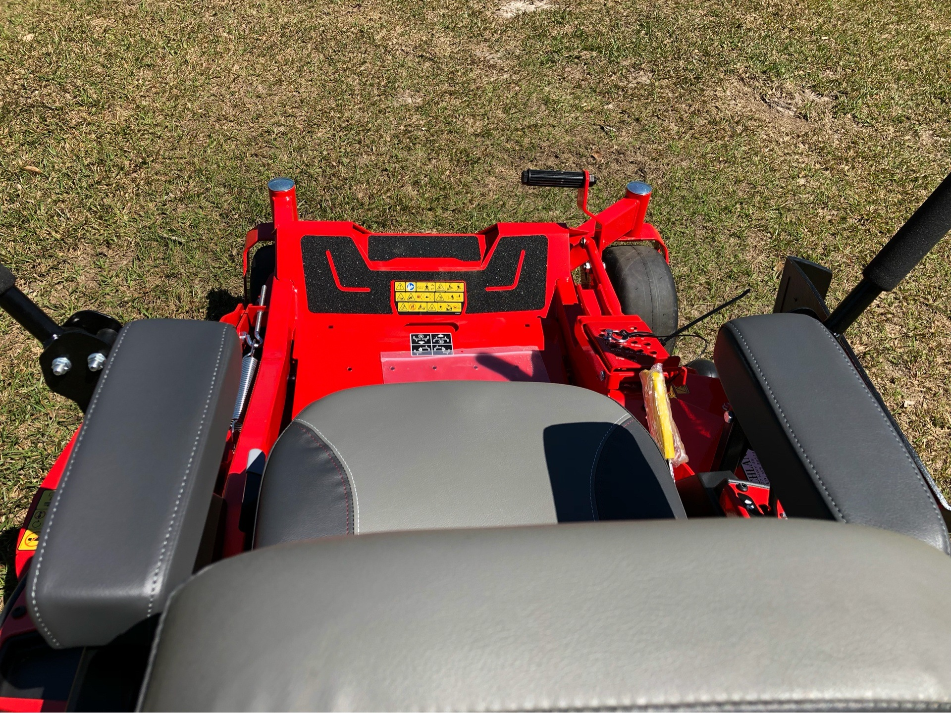2019 Gravely USA ZT HD 52 (Kawasaki) in Saucier, Mississippi