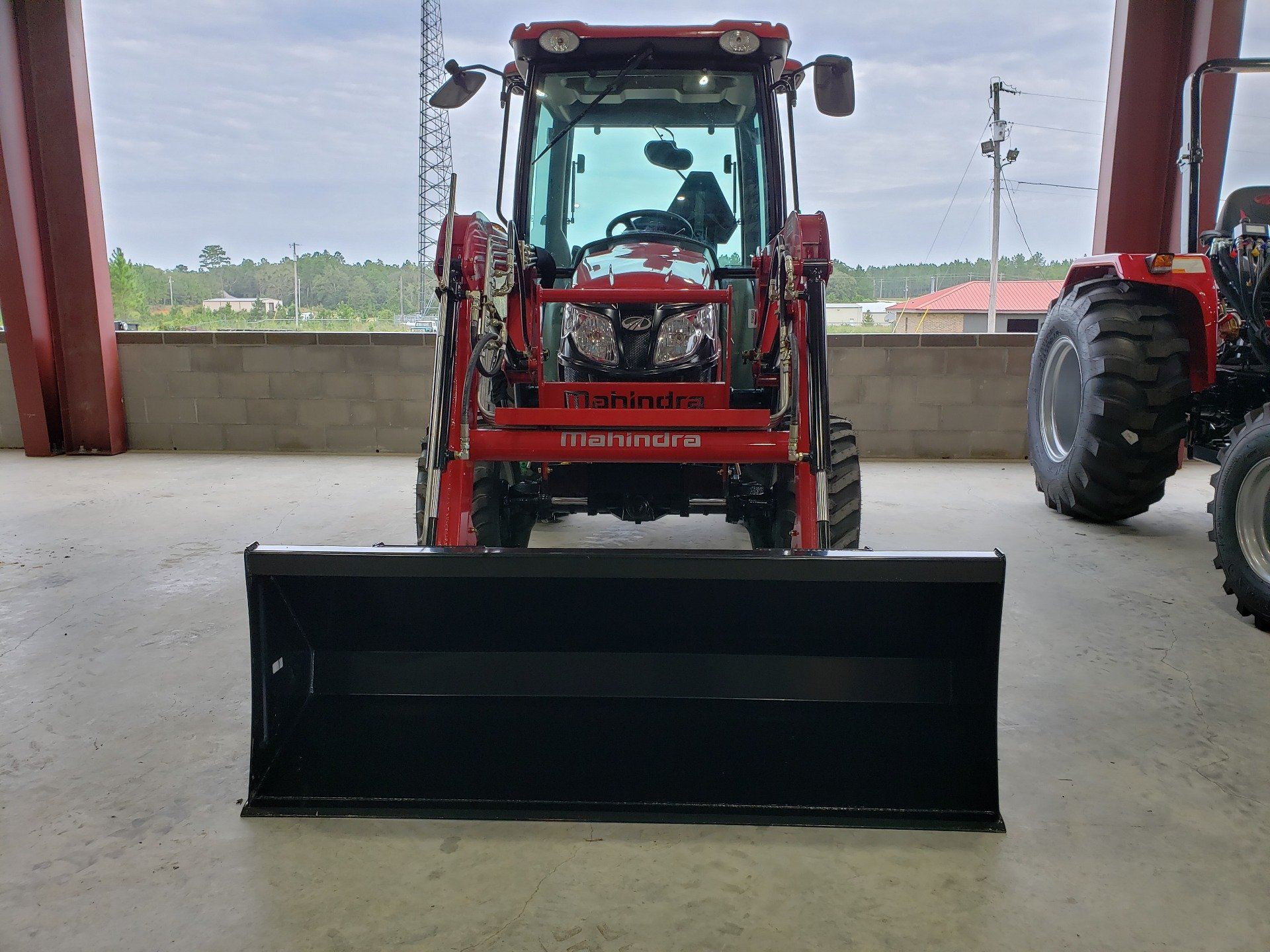 2020 Mahindra 2638 HST Cab in Saucier, Mississippi - Photo 2