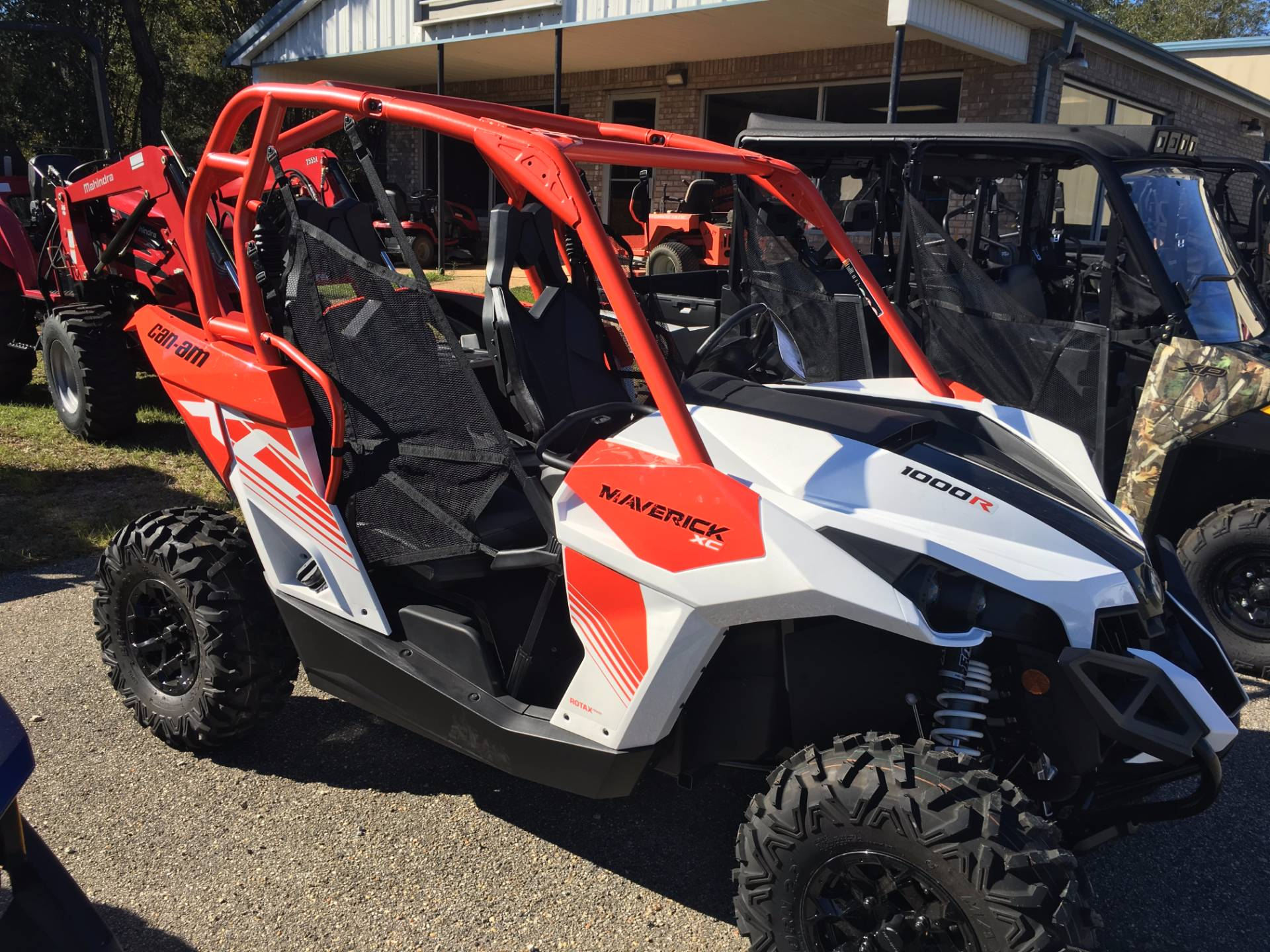 2018 Can-Am Maverick XC DPS in Saucier, Mississippi