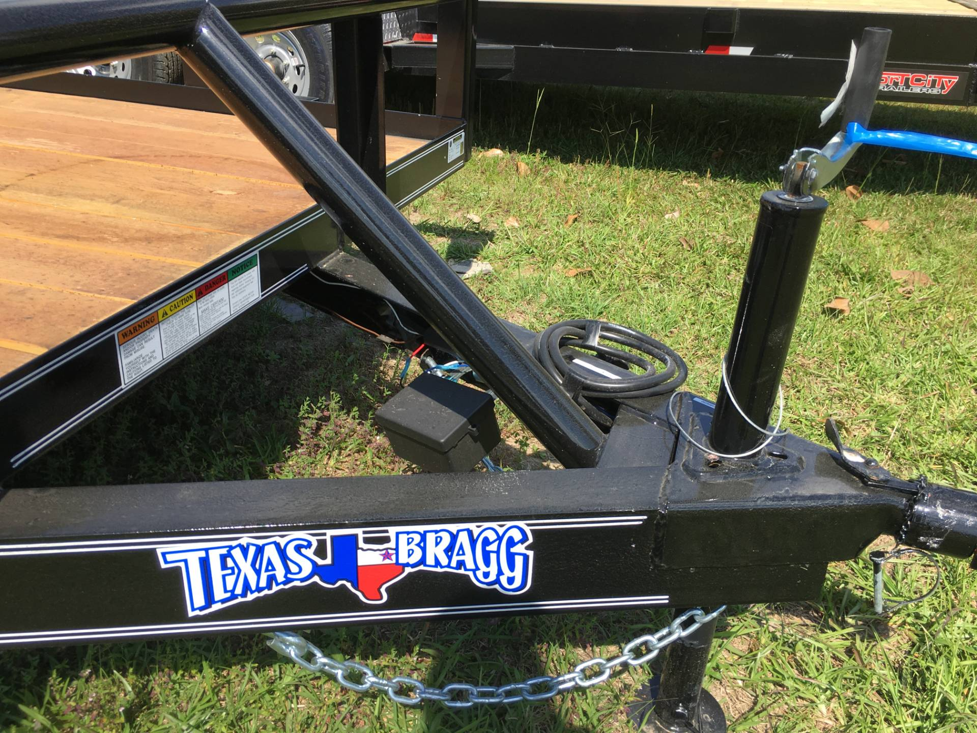 2018 Texas Bragg 16P, SIR, Brake, OW, Treated, LED in Saucier, Mississippi