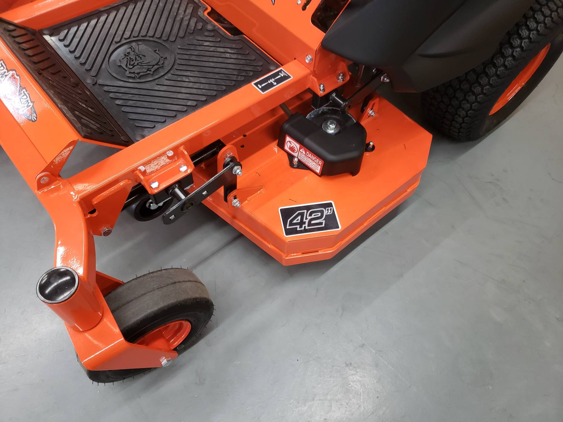 "2019 Bad Boy Mowers MZ 42"" with 19hp Kohler in Saucier, Mississippi - Photo 4"