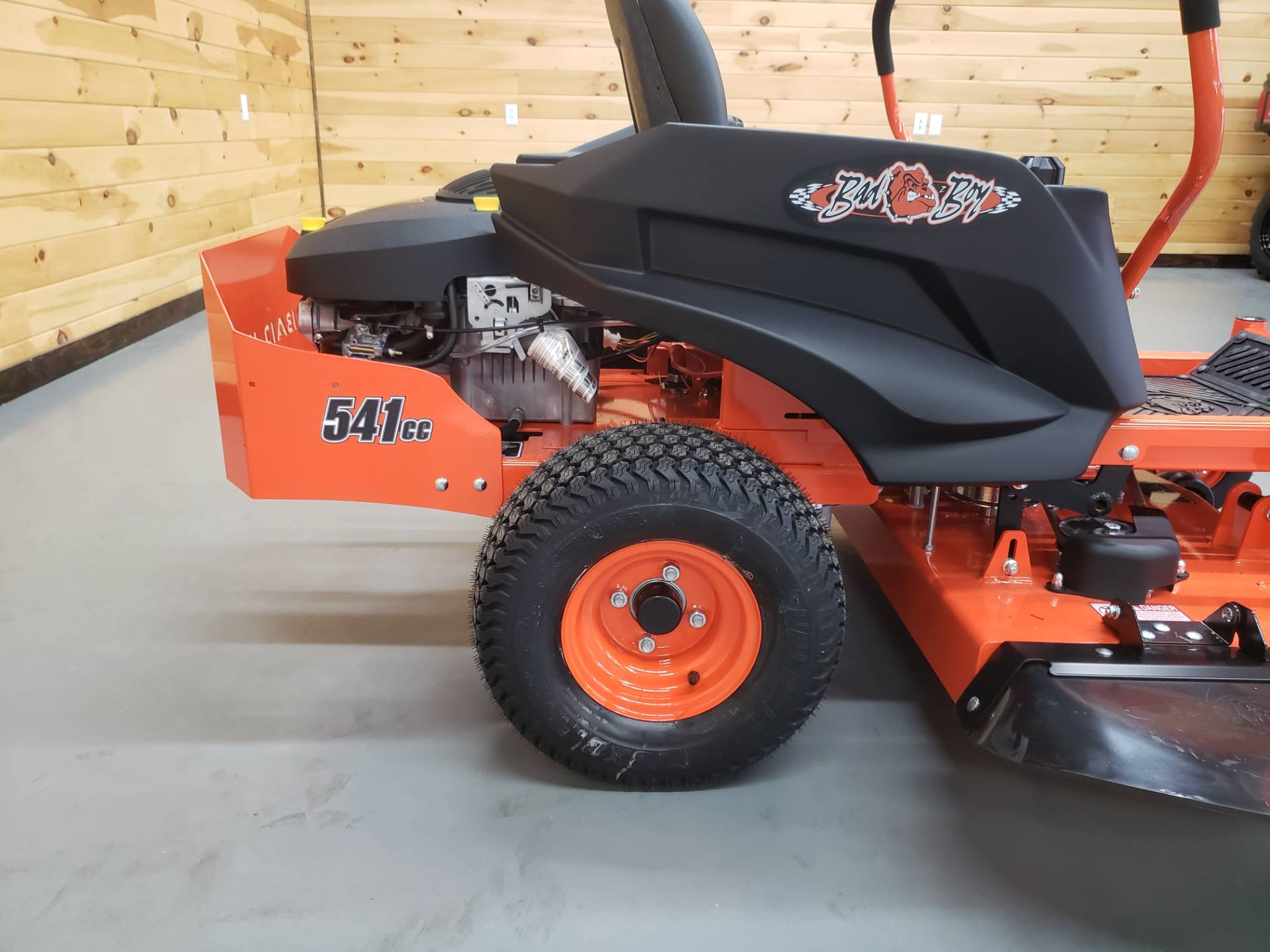 "2019 Bad Boy Mowers MZ 42"" with 19hp Kohler in Saucier, Mississippi - Photo 11"