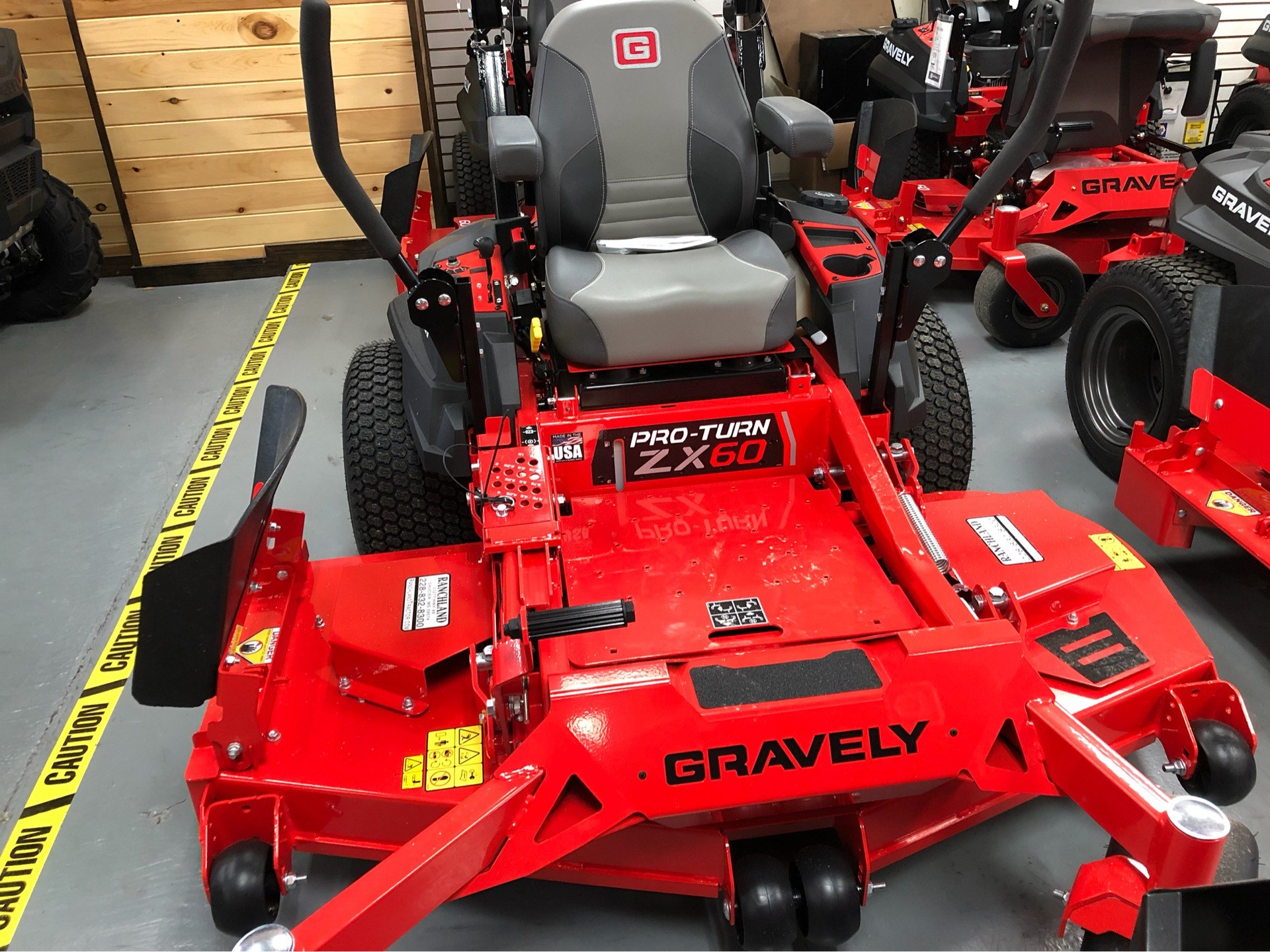 2019 Gravely USA Pro-Turn ZX 60 in Saucier, Mississippi - Photo 2